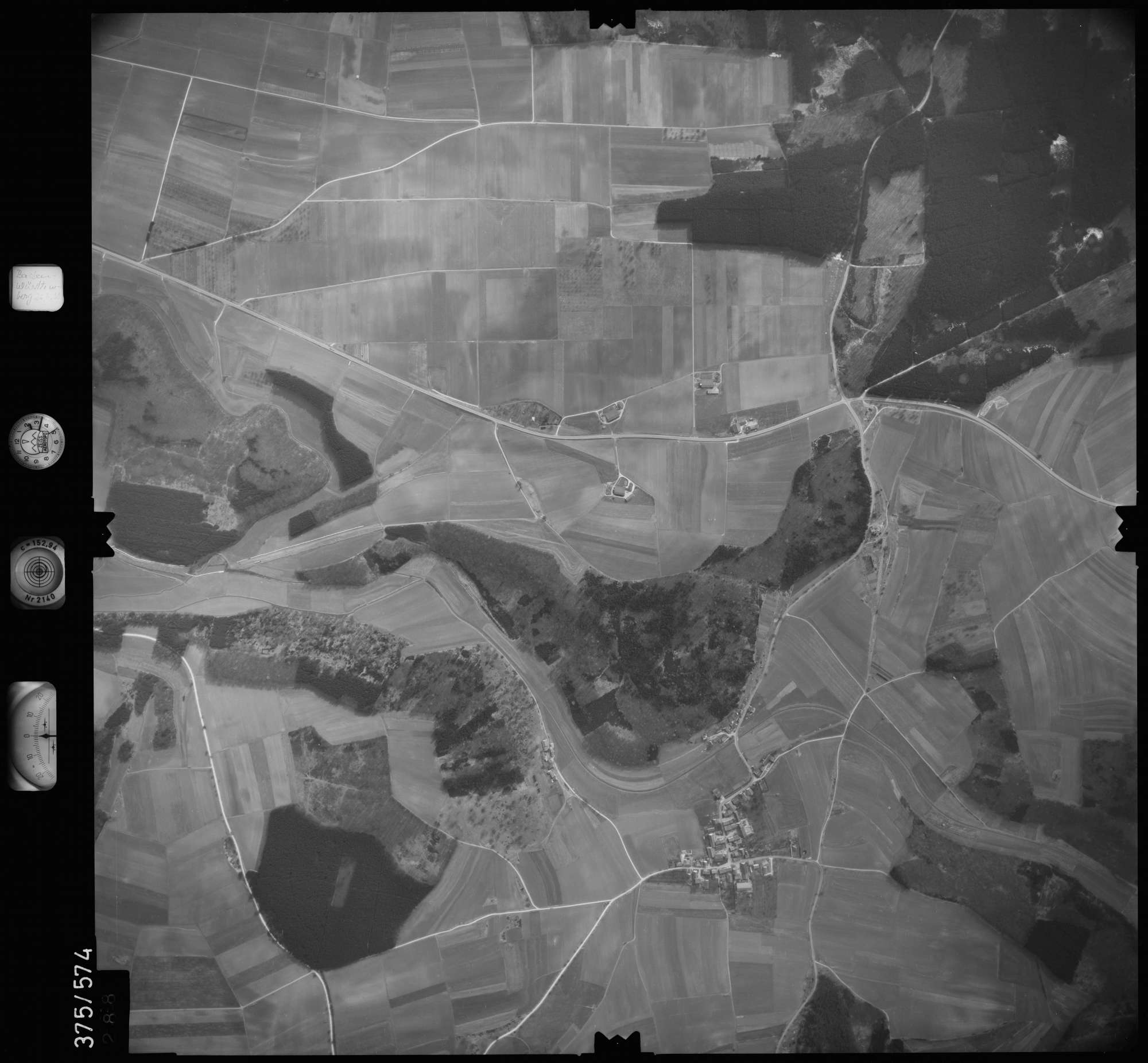 Luftbild: Film 35 Bildnr. 288, Bild 1