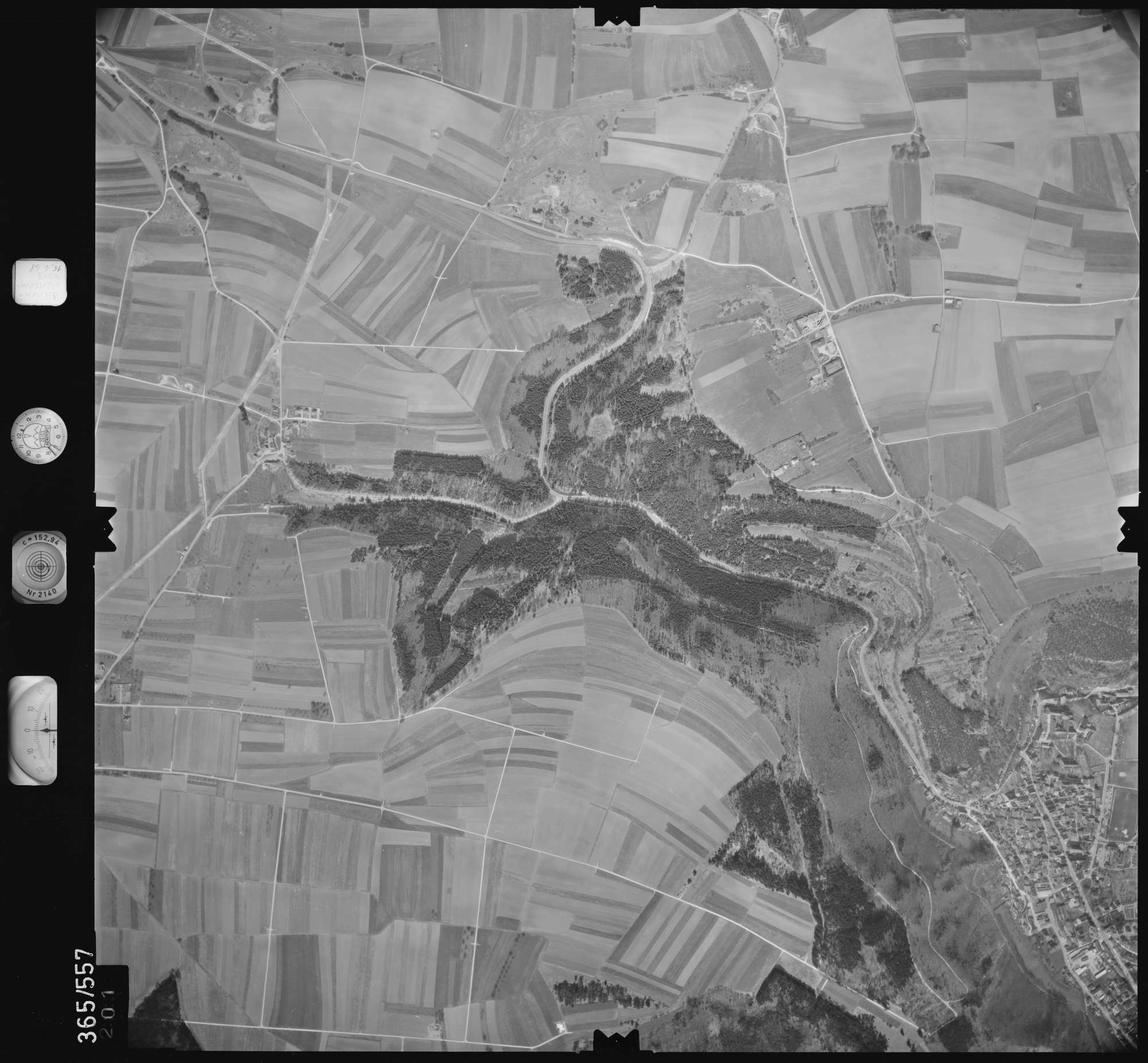 Luftbild: Film 45 Bildnr. 201, Bild 1