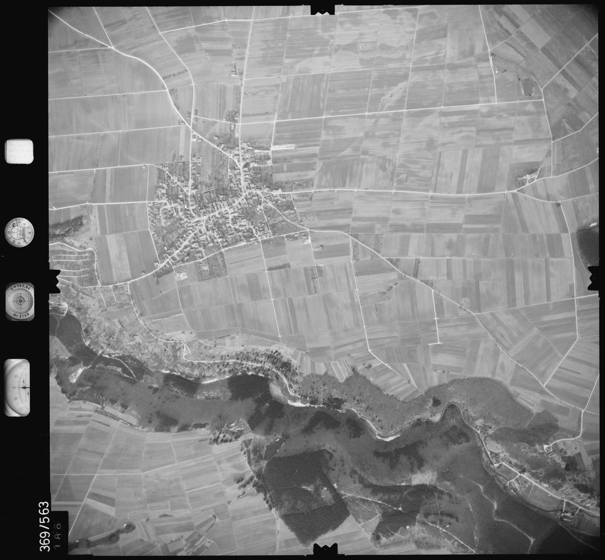Luftbild: Film 35 Bildnr. 186, Bild 1
