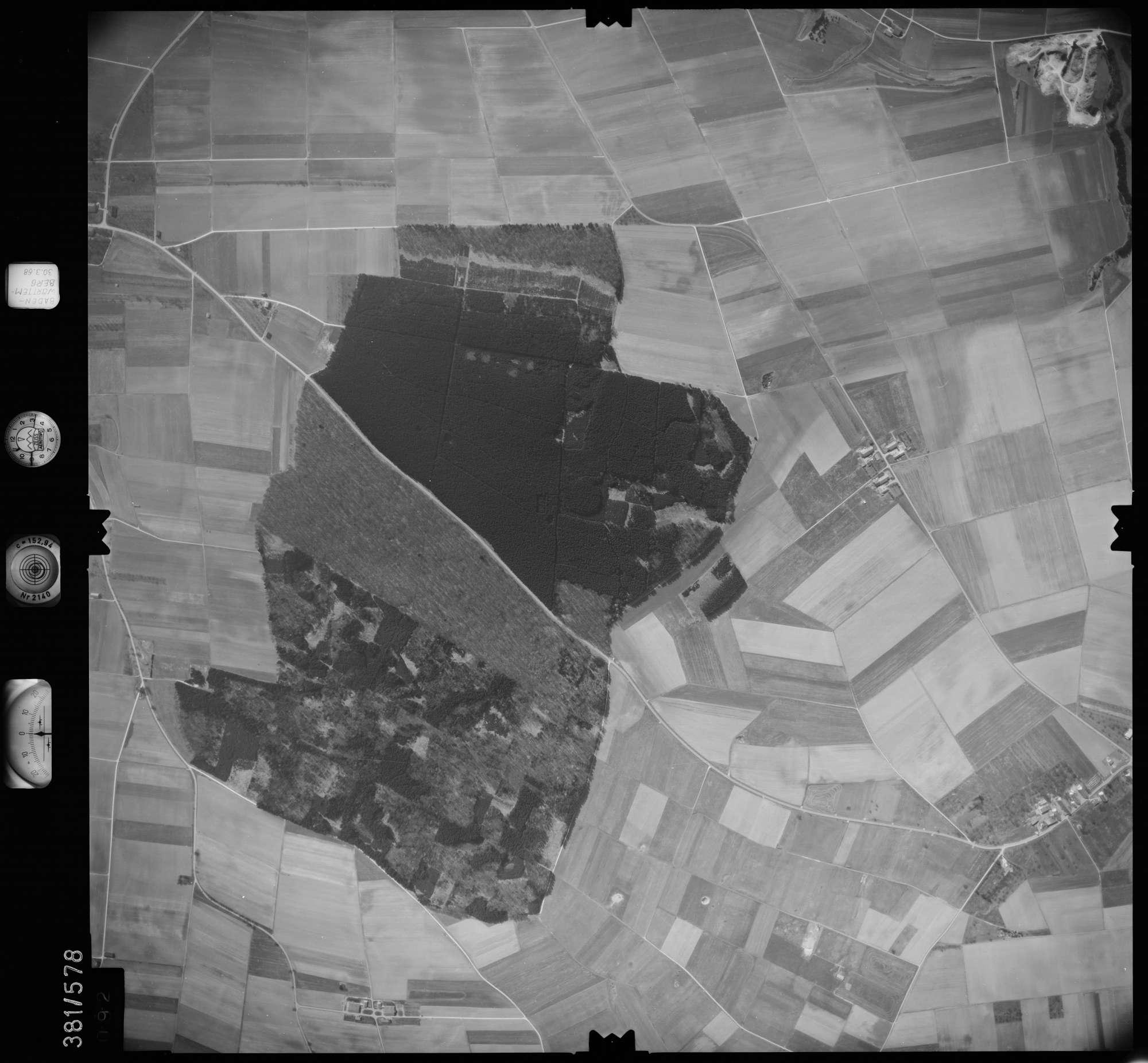 Luftbild: Film 27 Bildnr. 92, Bild 1