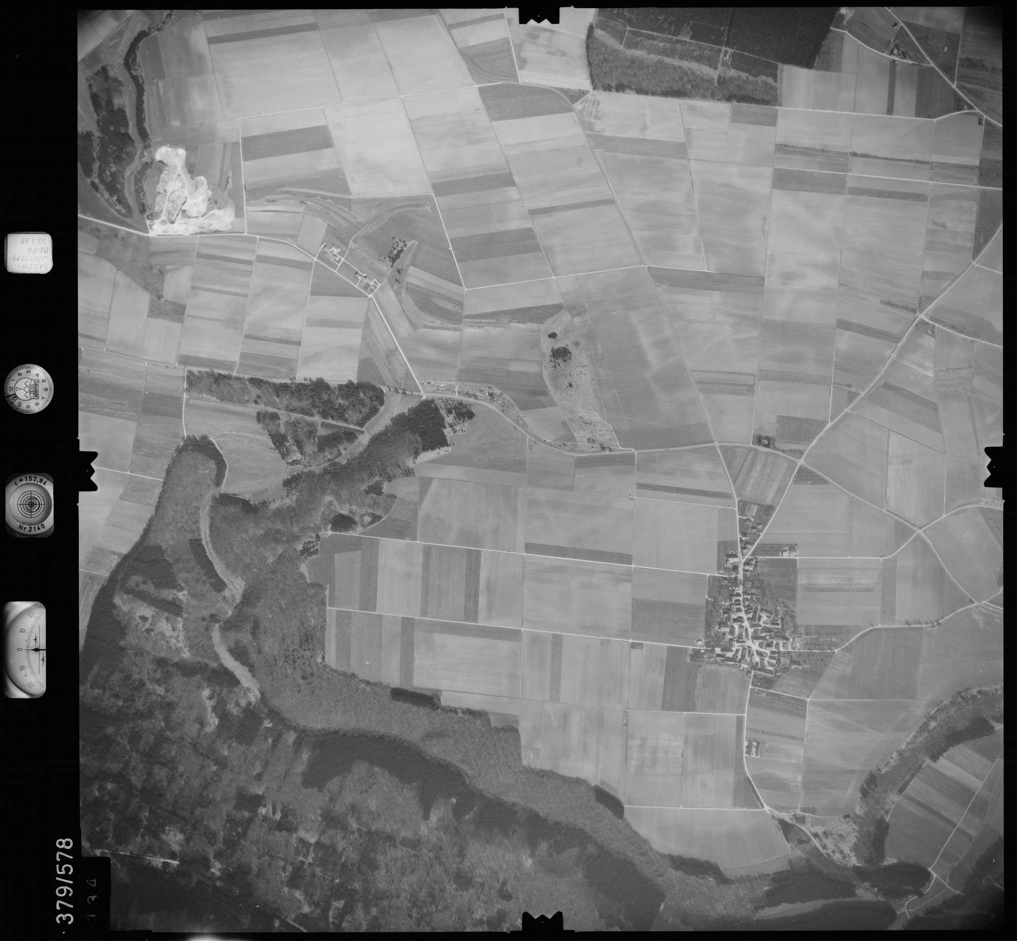 Luftbild: Film 27 Bildnr. 134, Bild 1