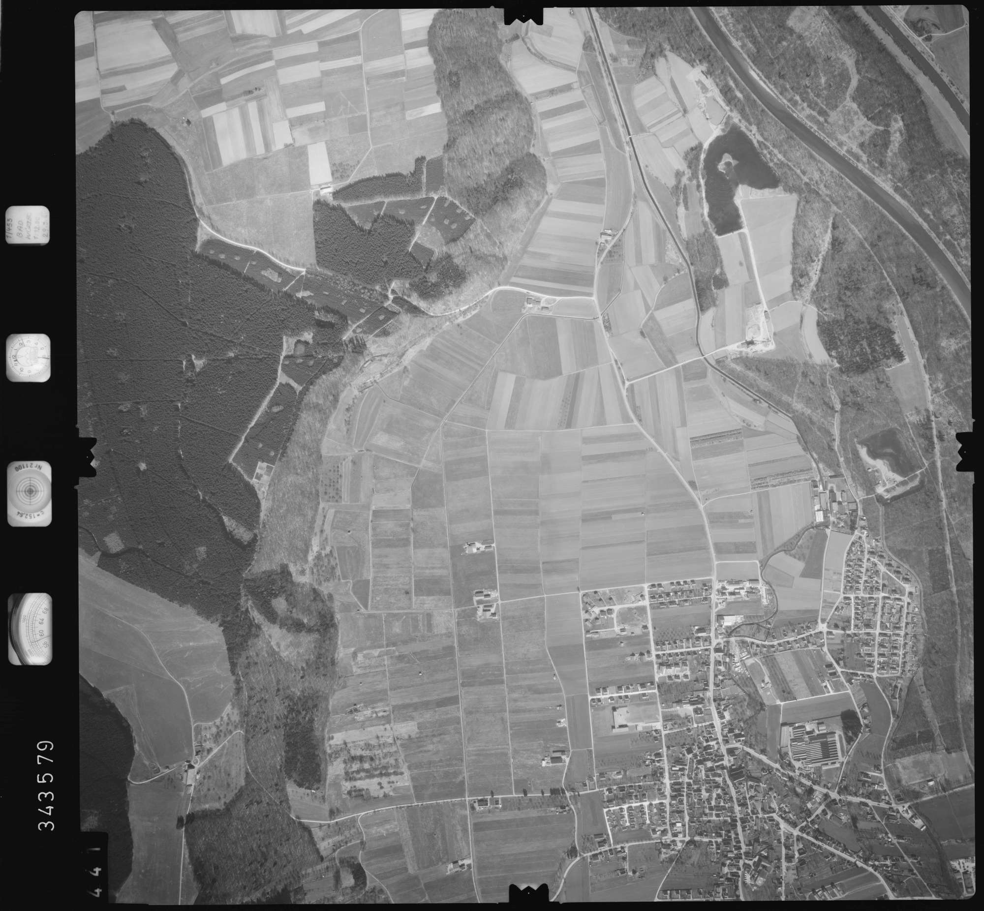 Luftbild: Film 46 Bildnr. 441, Bild 1