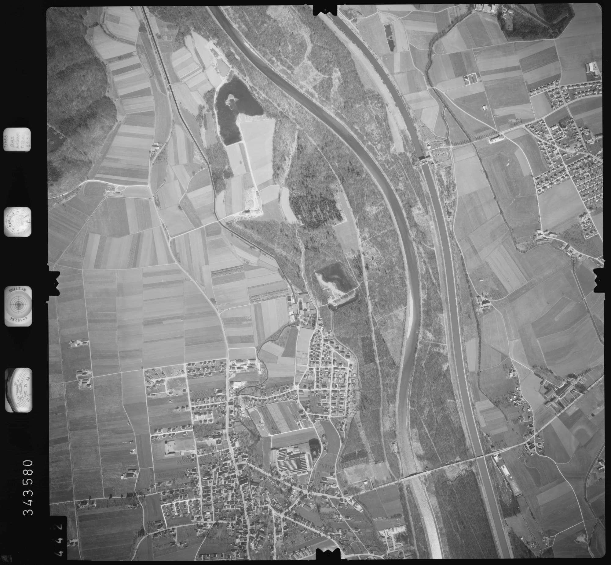 Luftbild: Film 46 Bildnr. 442, Bild 1