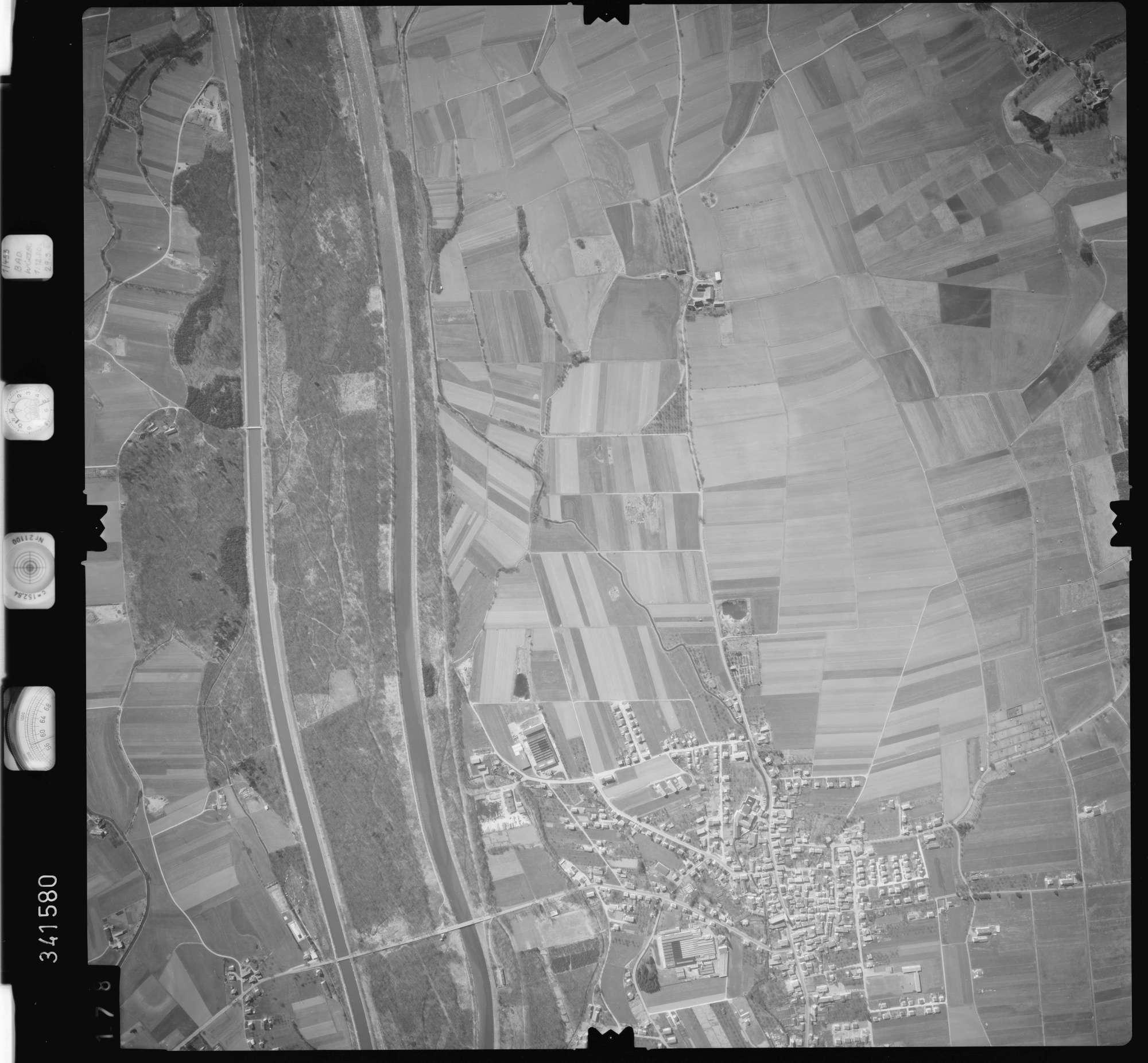 Luftbild: Film 50 Bildnr. 178, Bild 1