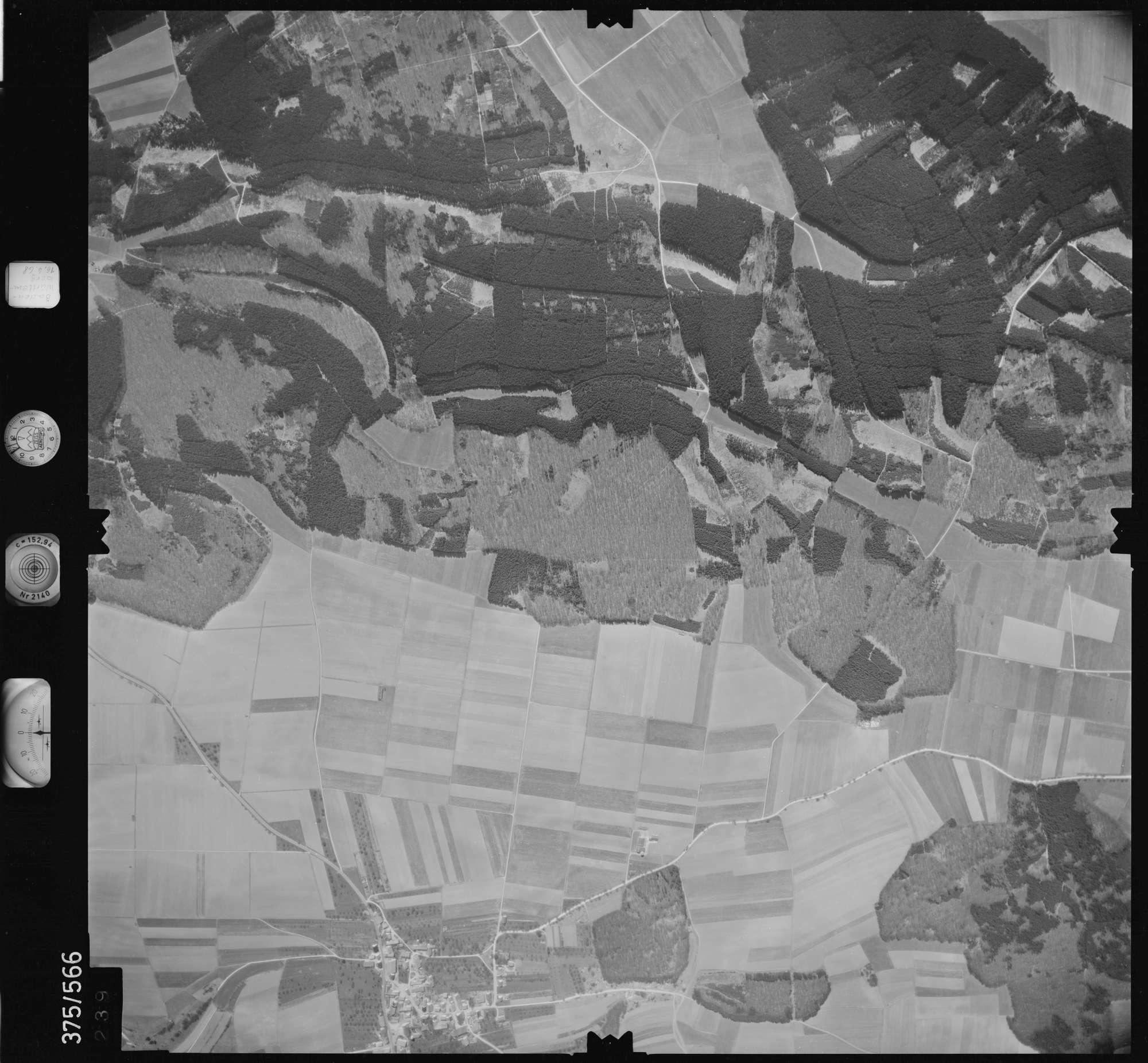 Luftbild: Film 32 Bildnr. 239, Bild 1