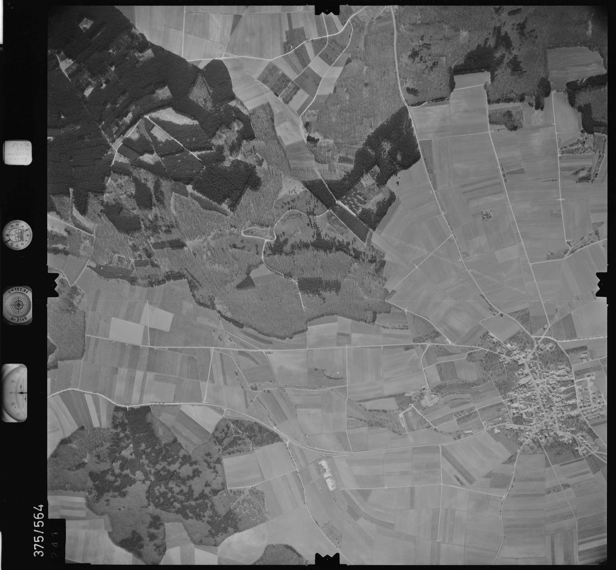 Luftbild: Film 32 Bildnr. 241, Bild 1