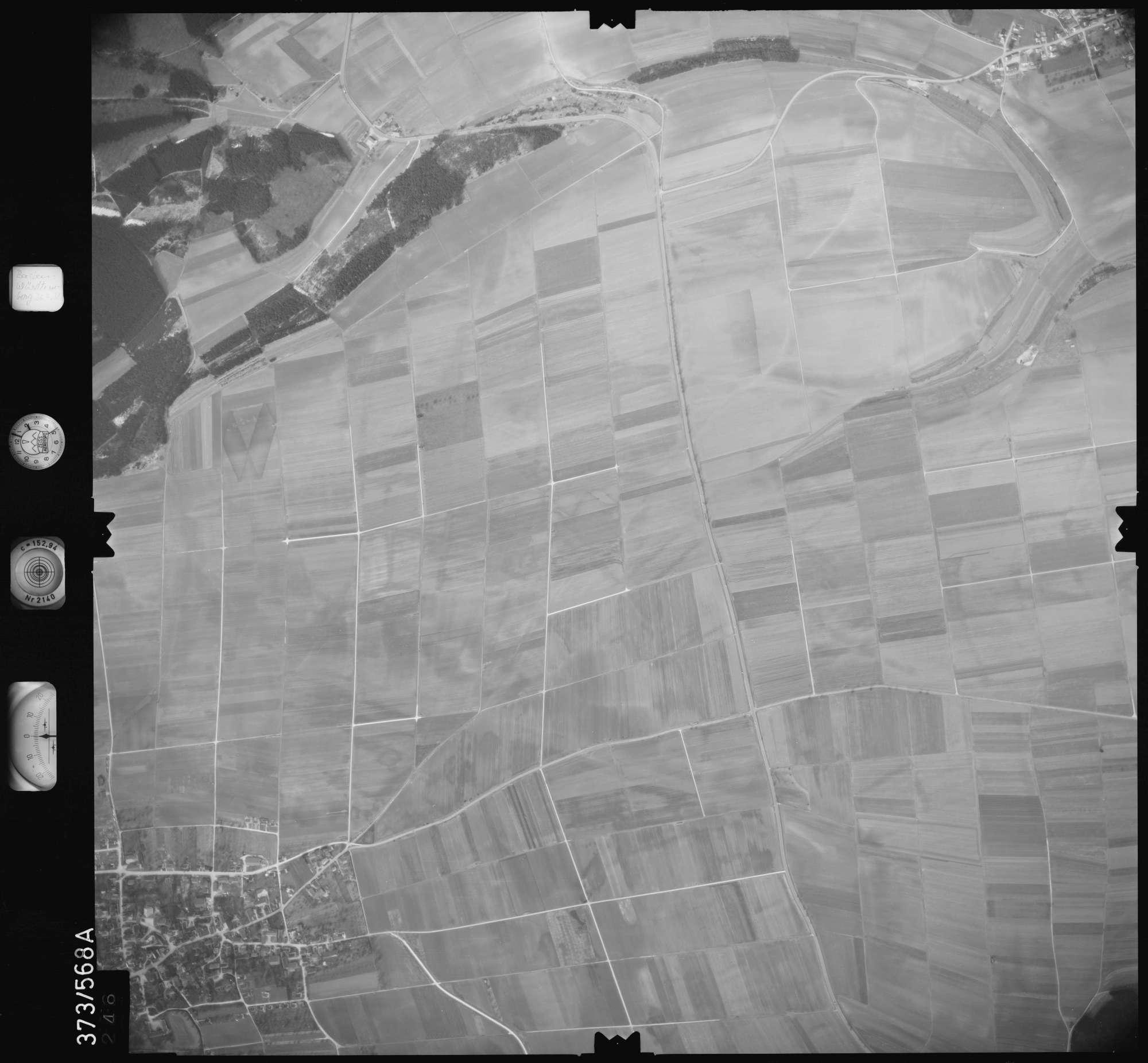 Luftbild: Film 35 Bildnr. 246, Bild 1
