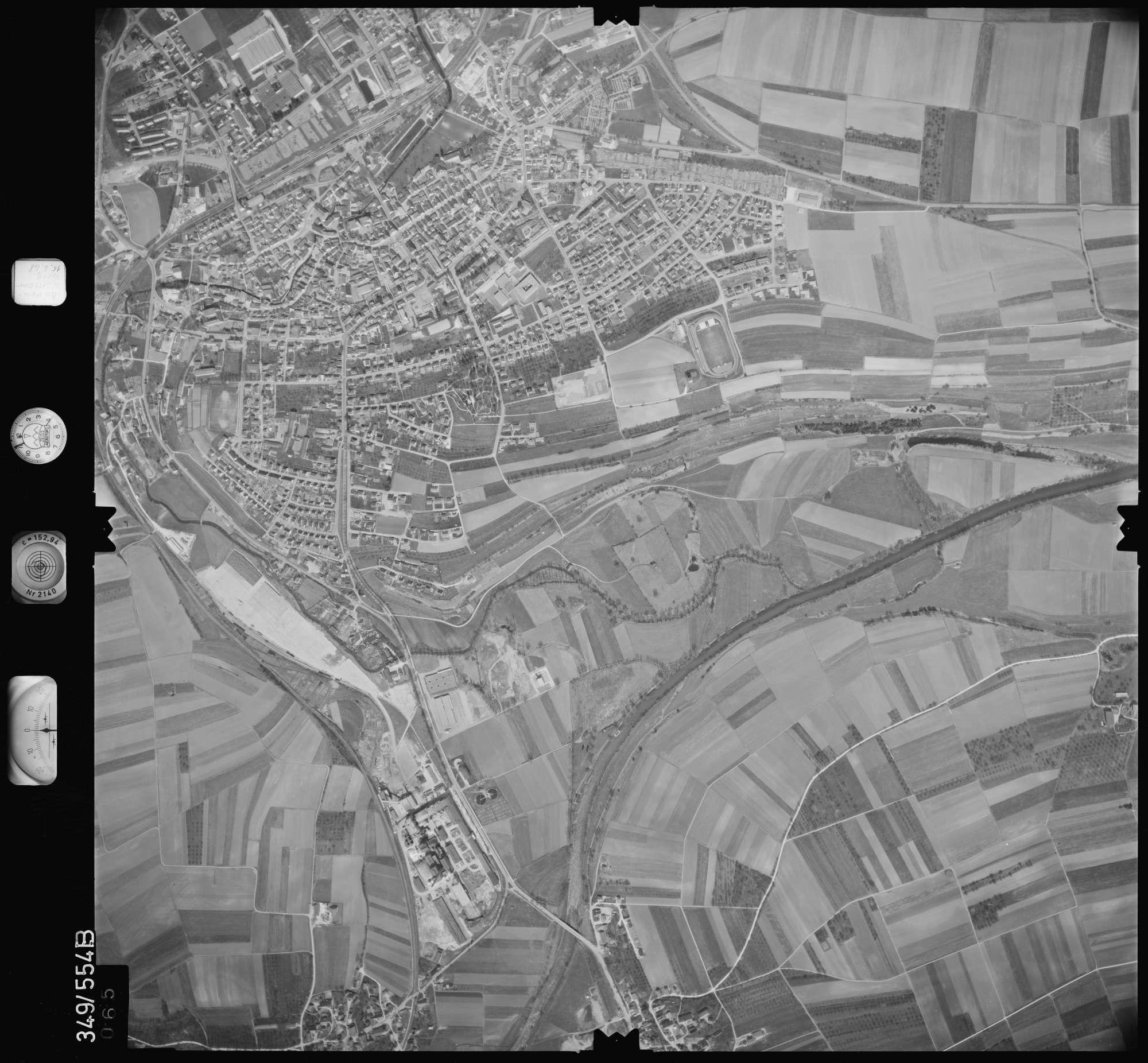 Luftbild: Film 45 Bildnr. 65, Bild 1