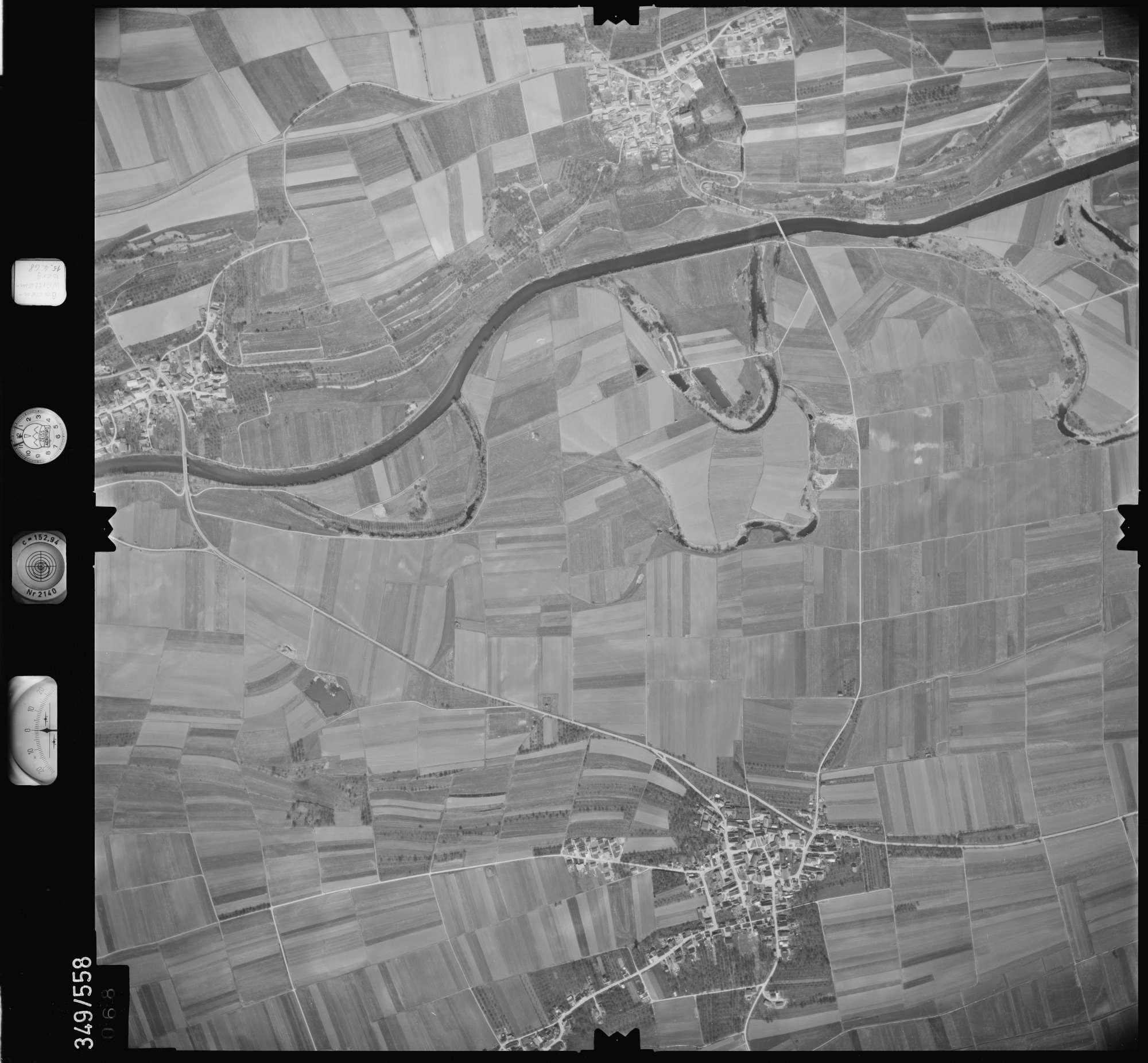 Luftbild: Film 45 Bildnr. 68, Bild 1