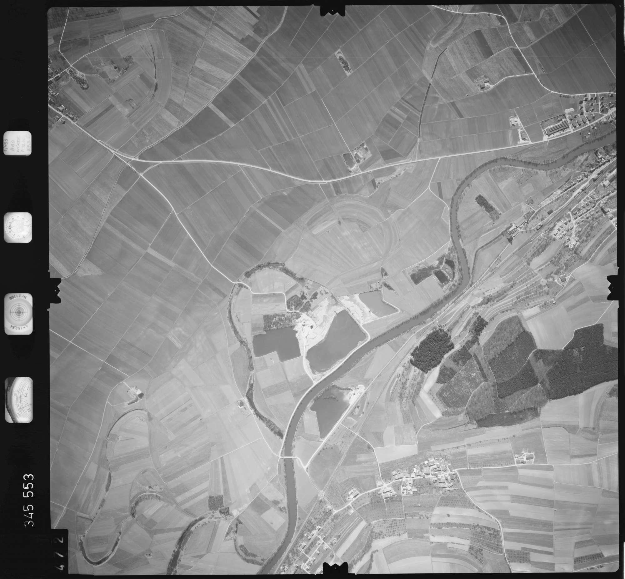 Luftbild: Film 46 Bildnr. 472, Bild 1