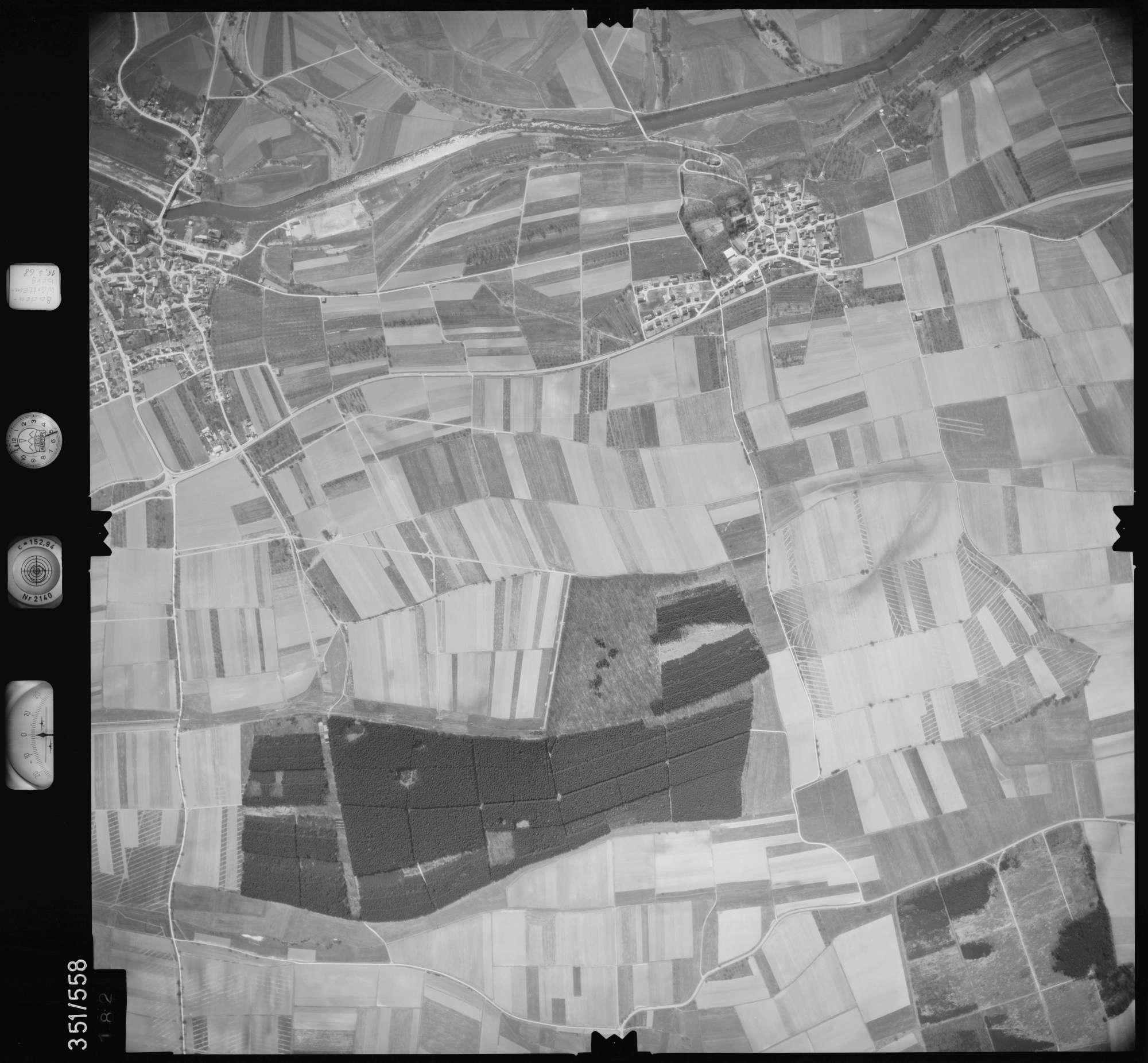 Luftbild: Film 105 Bildnr. 182, Bild 1