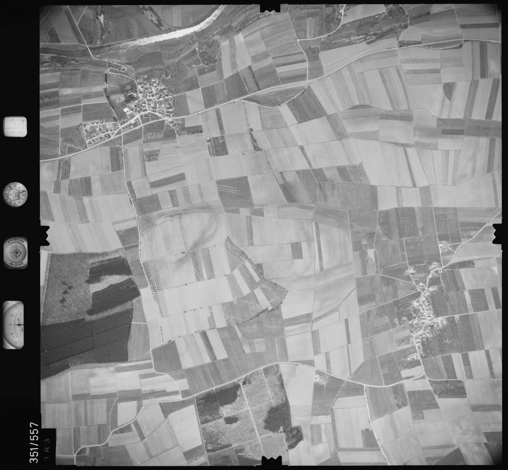 Luftbild: Film 105 Bildnr. 183, Bild 1