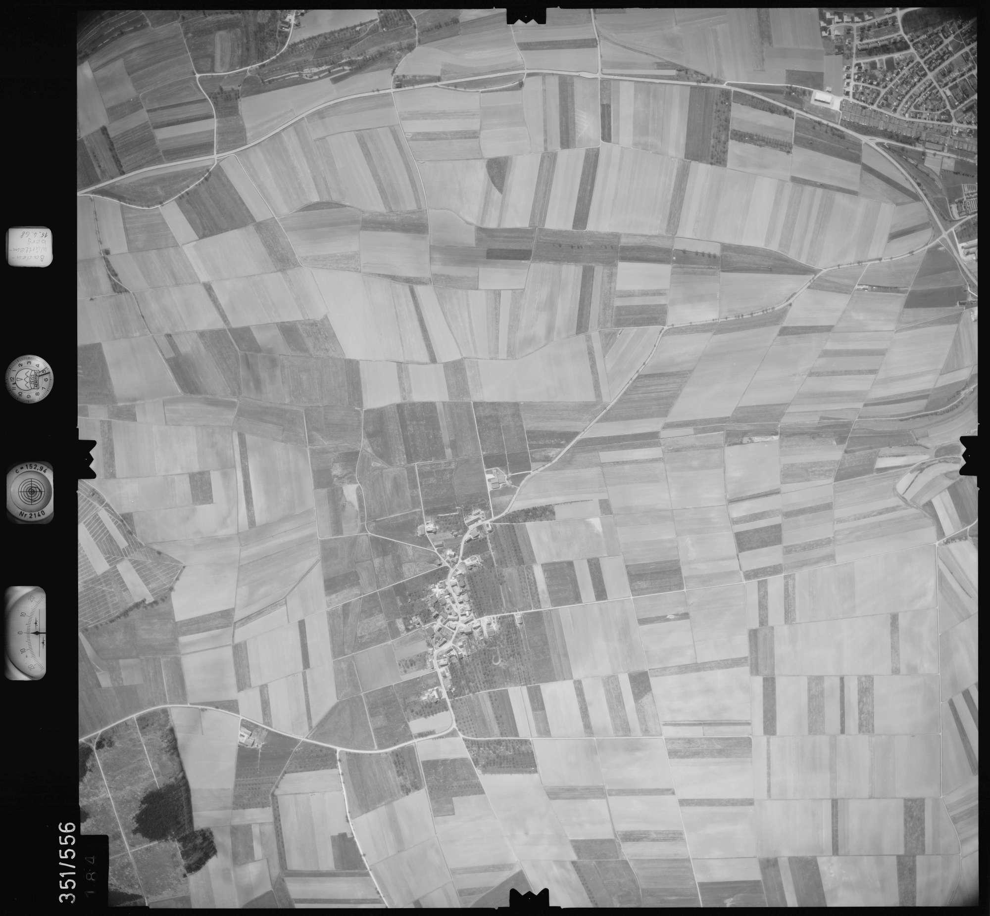 Luftbild: Film 105 Bildnr. 184, Bild 1