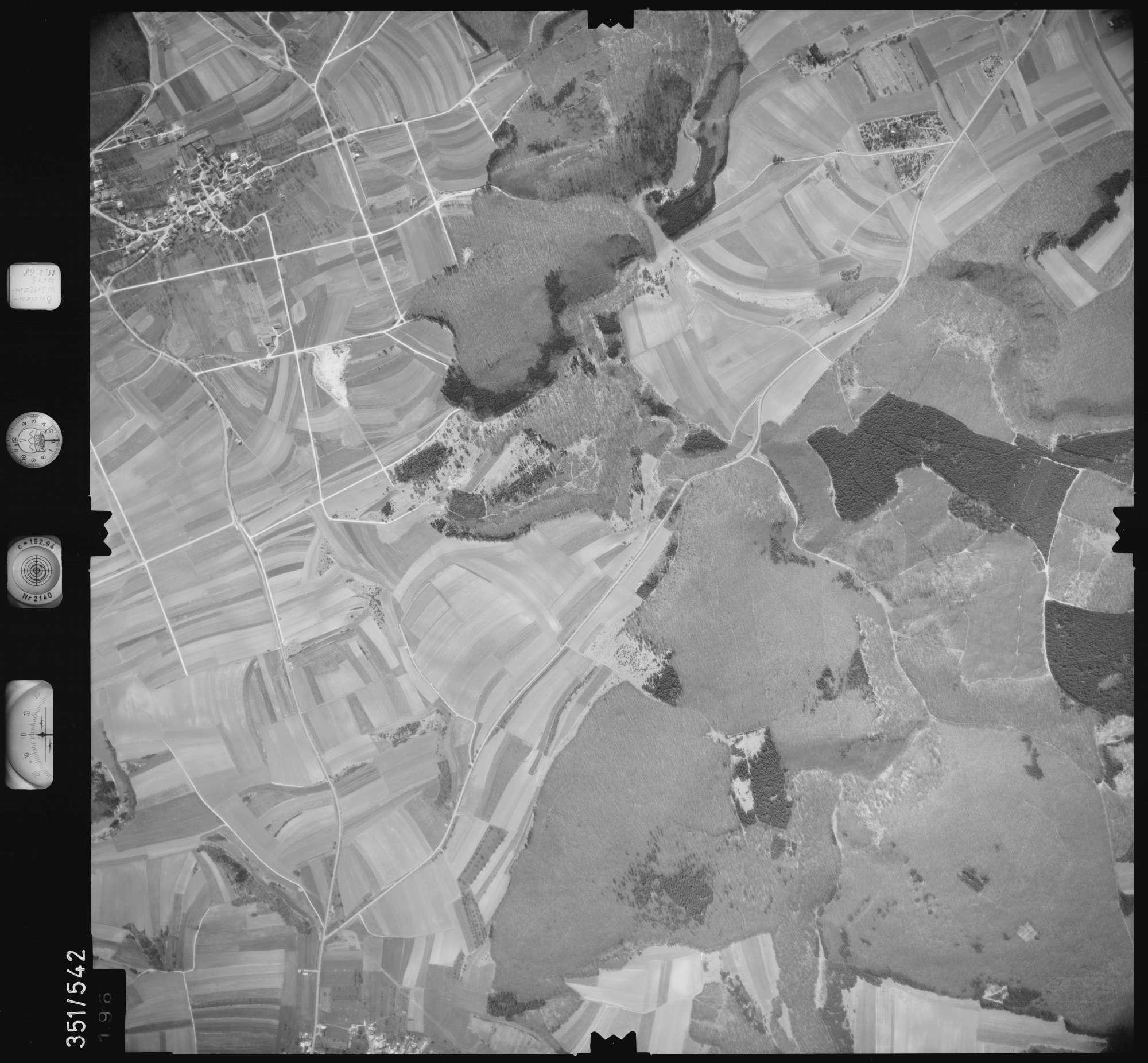 Luftbild: Film 105 Bildnr. 196, Bild 1