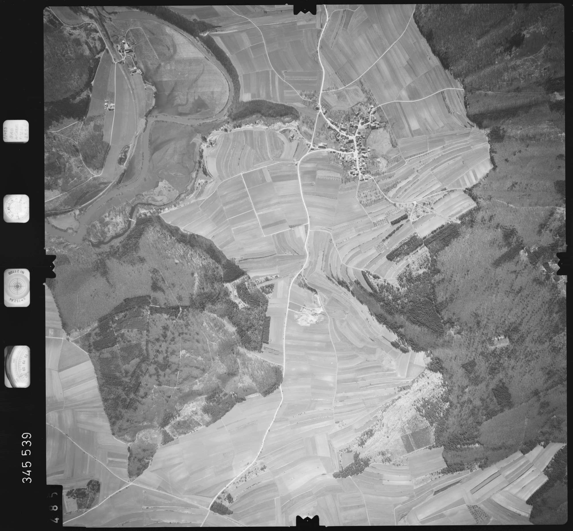 Luftbild: Film 46 Bildnr. 485, Bild 1