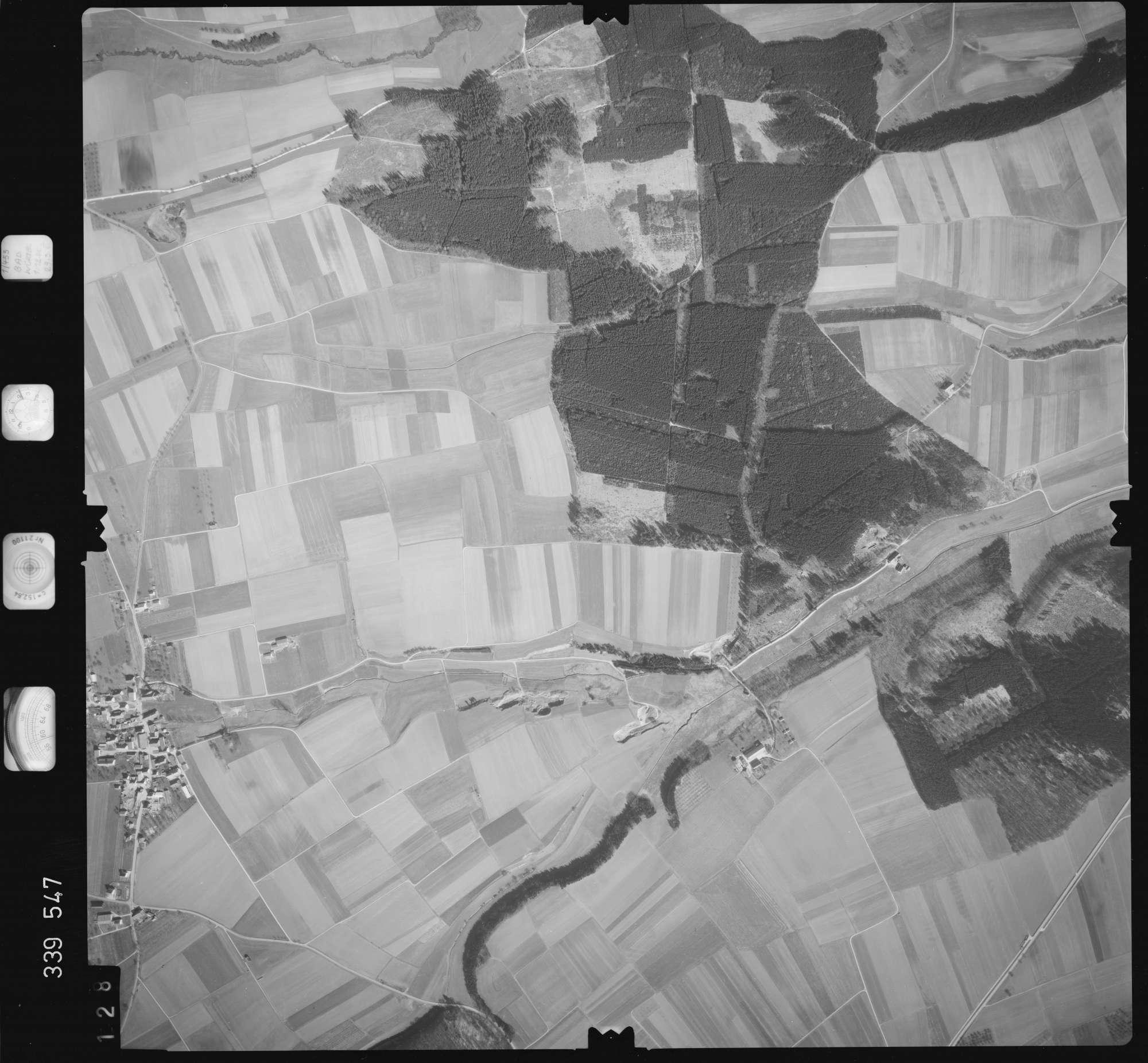 Luftbild: Film 50 Bildnr. 128, Bild 1