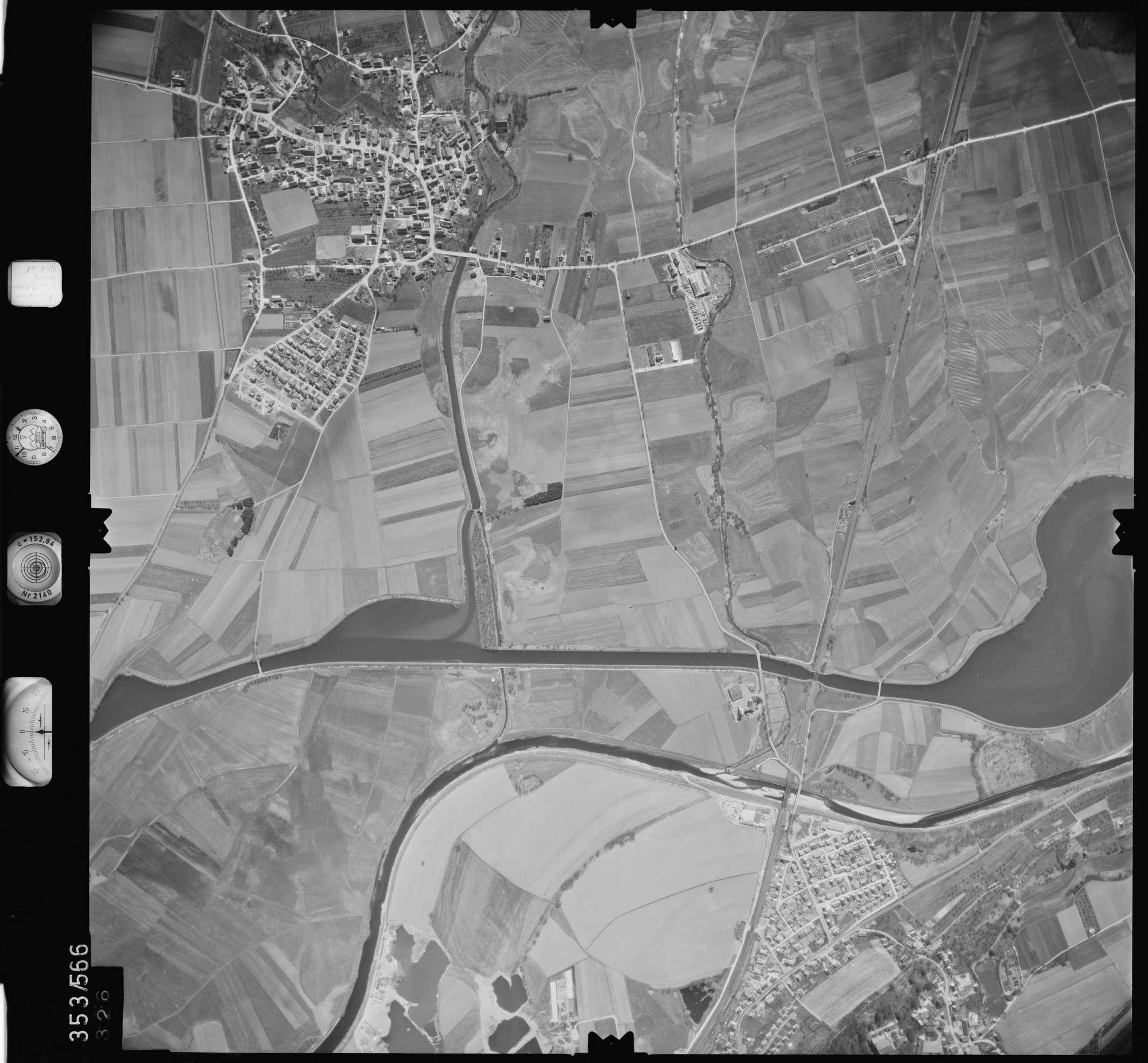 Luftbild: Film 41 Bildnr. 326, Bild 1