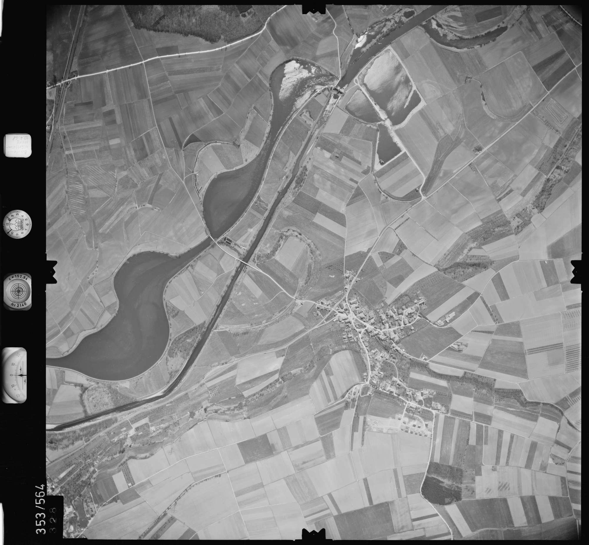 Luftbild: Film 41 Bildnr. 328, Bild 1
