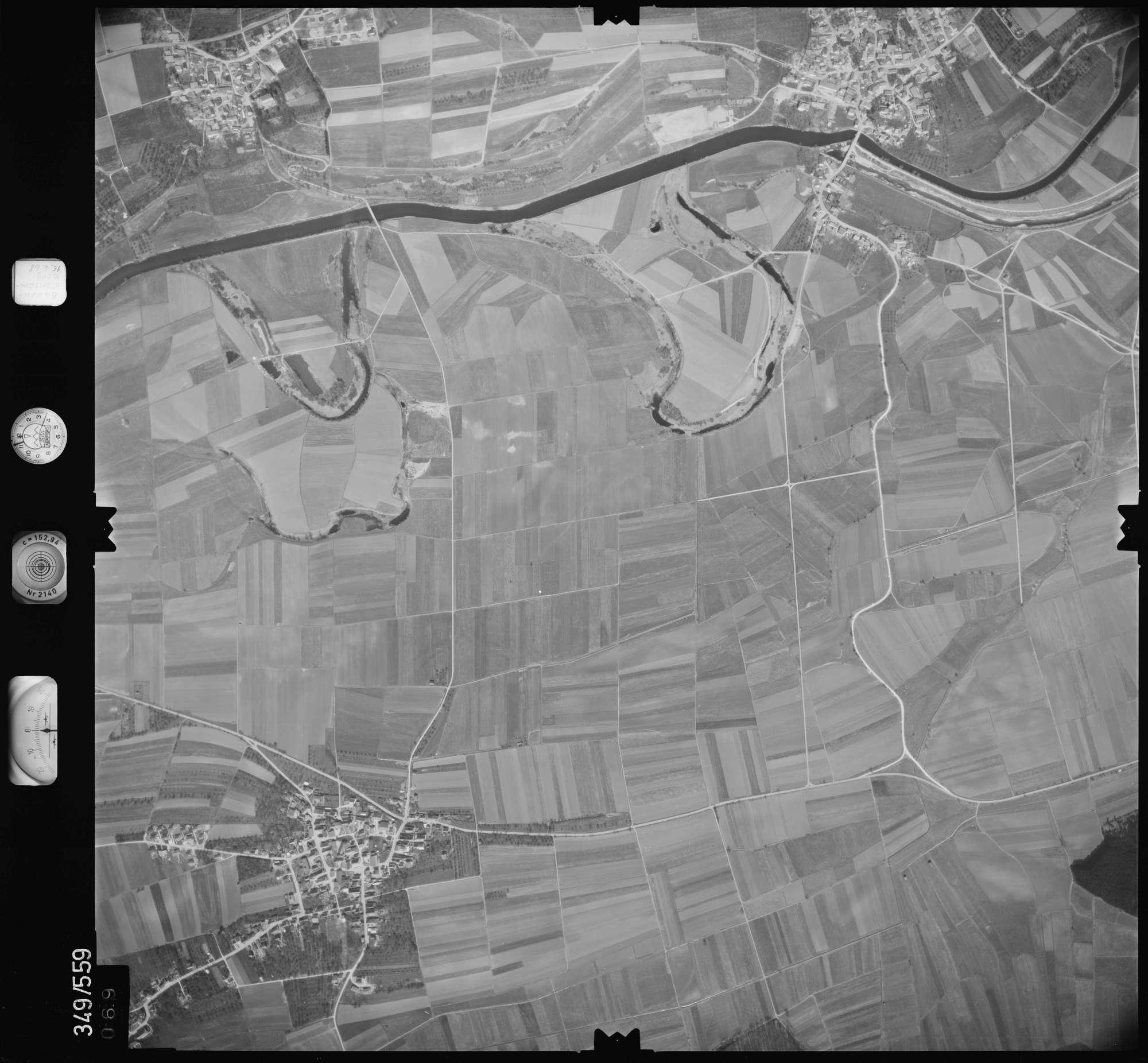 Luftbild: Film 45 Bildnr. 69, Bild 1