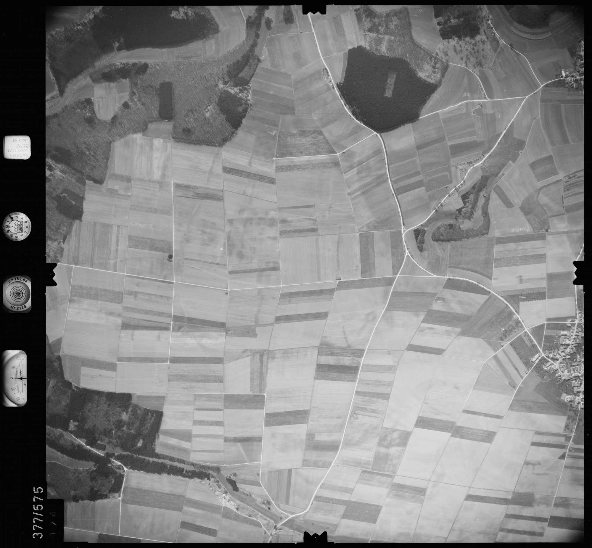 Luftbild: Film 27 Bildnr. 174, Bild 1
