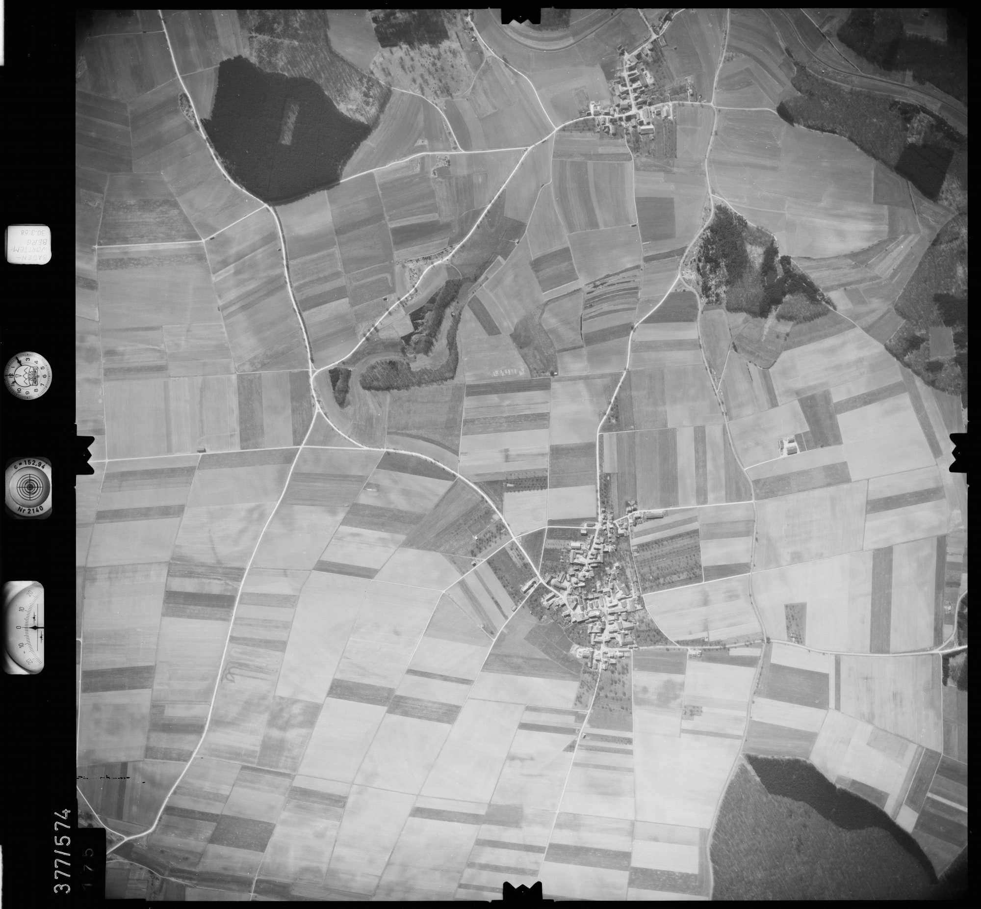 Luftbild: Film 27 Bildnr. 175, Bild 1