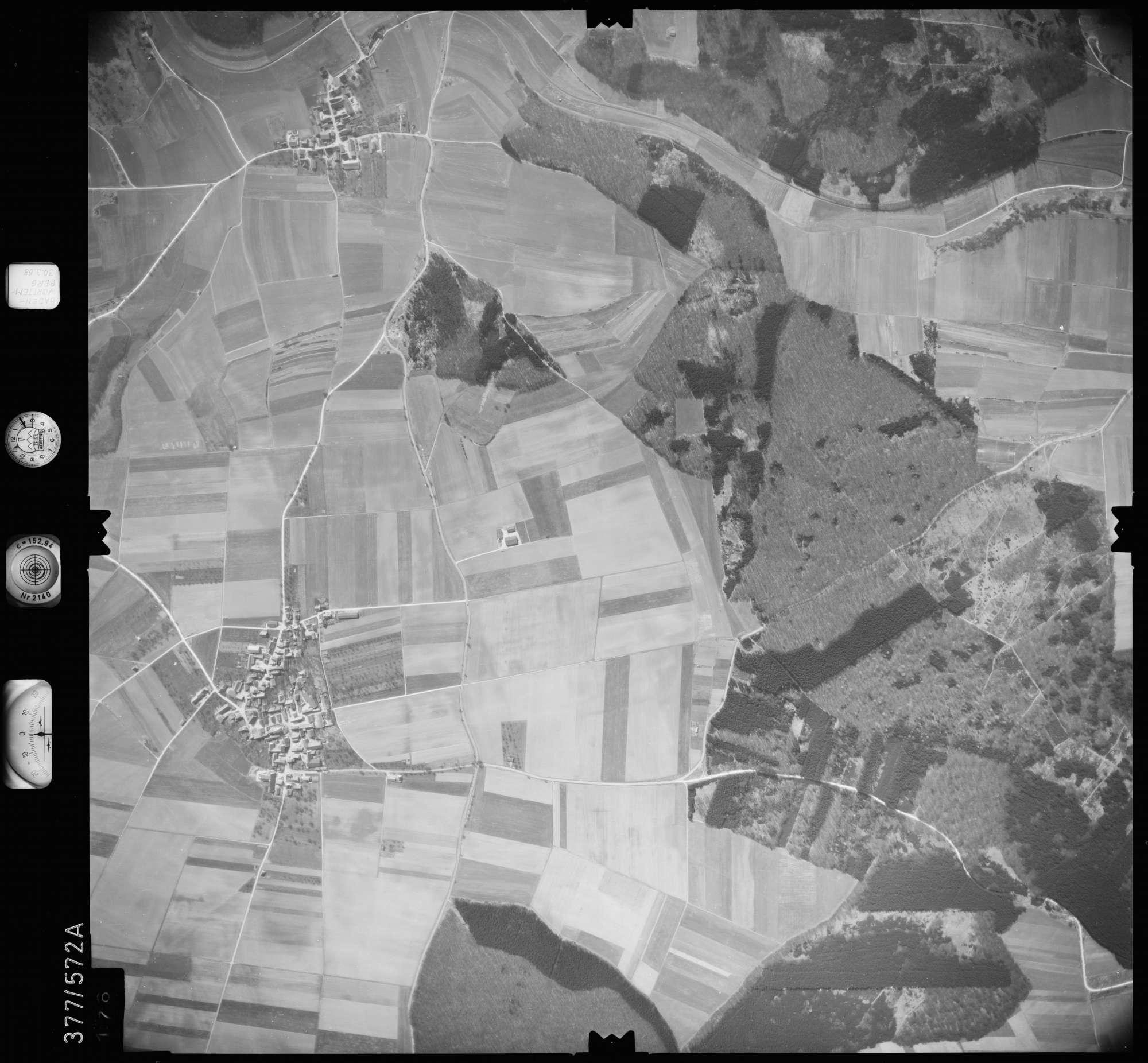 Luftbild: Film 27 Bildnr. 176, Bild 1