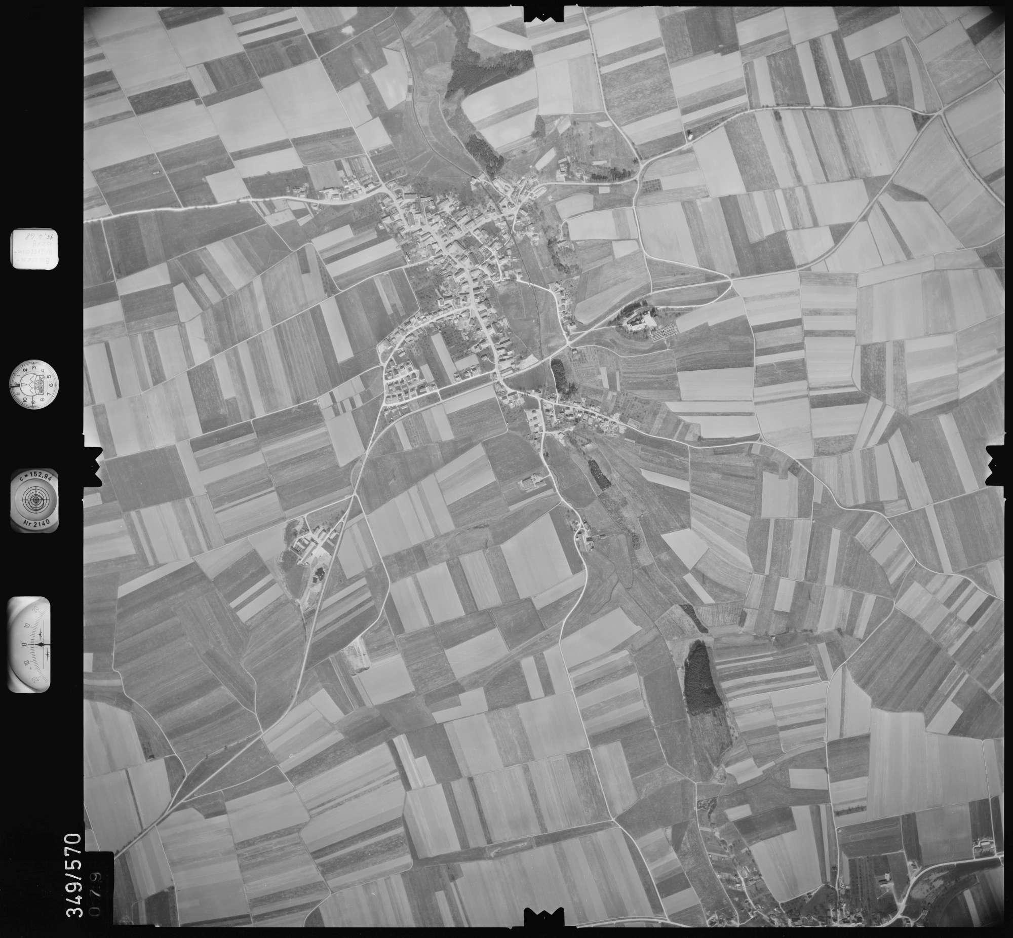 Luftbild: Film 45 Bildnr. 79, Bild 1
