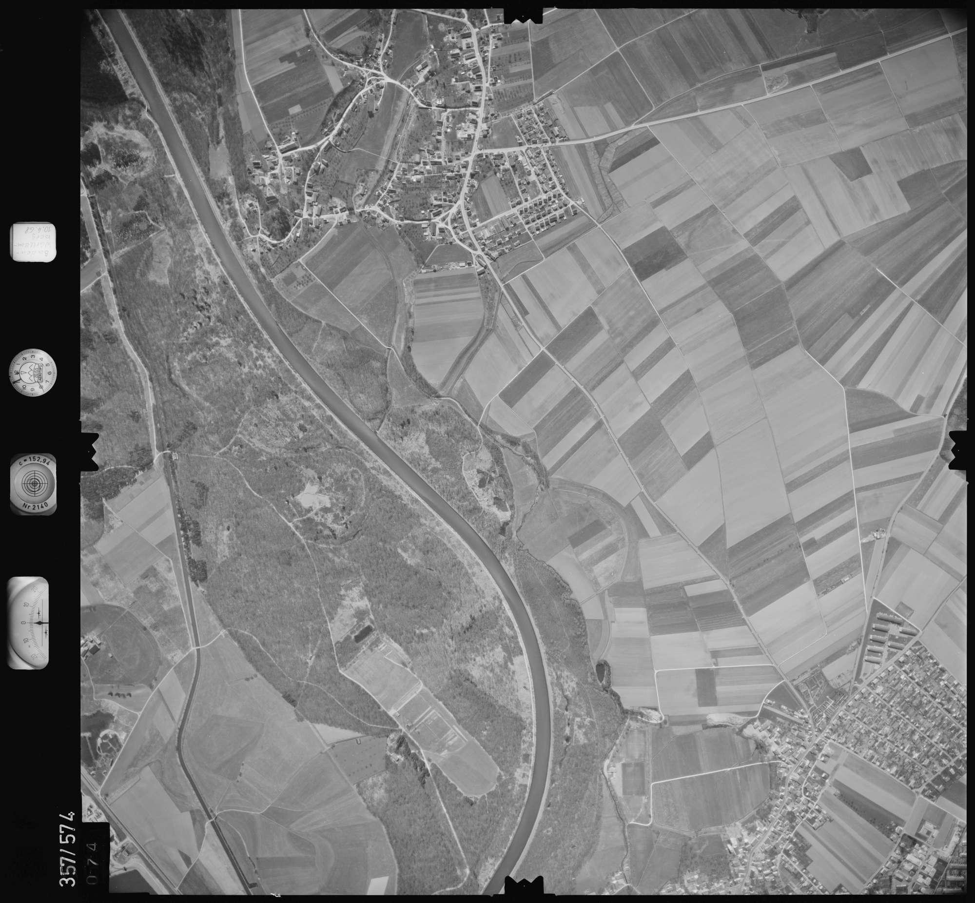 Luftbild: Film 38 Bildnr. 74, Bild 1
