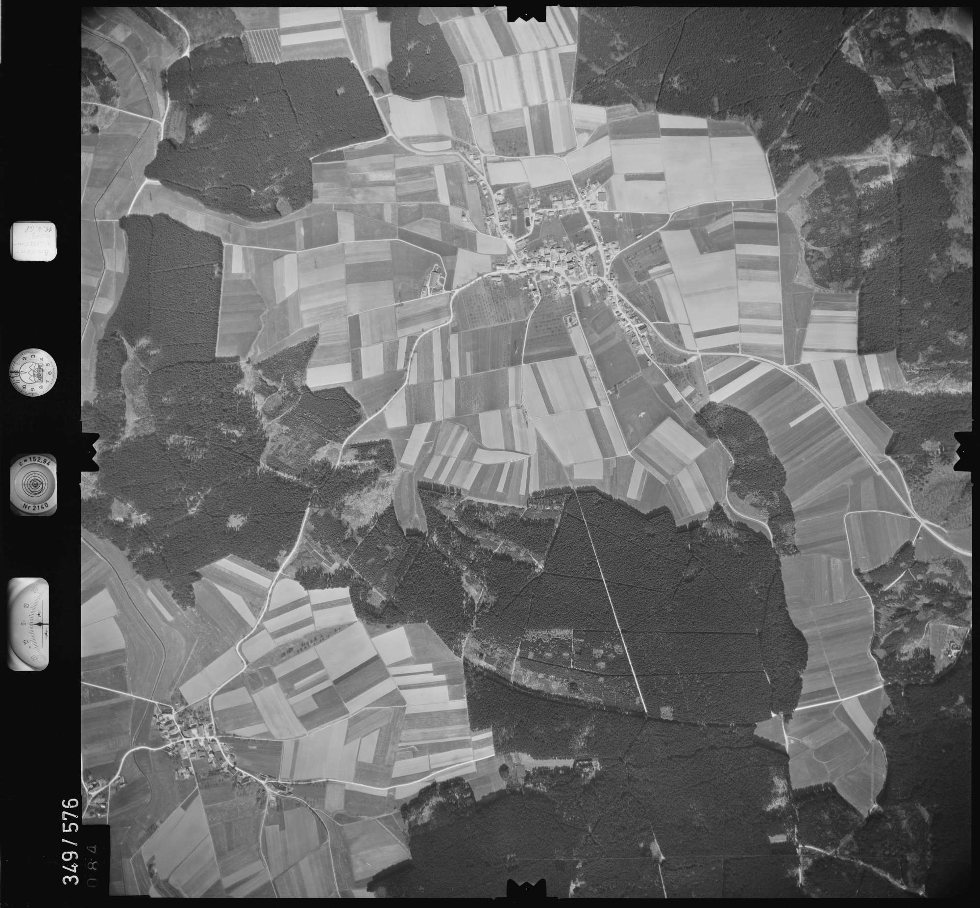Luftbild: Film 45 Bildnr. 84, Bild 1