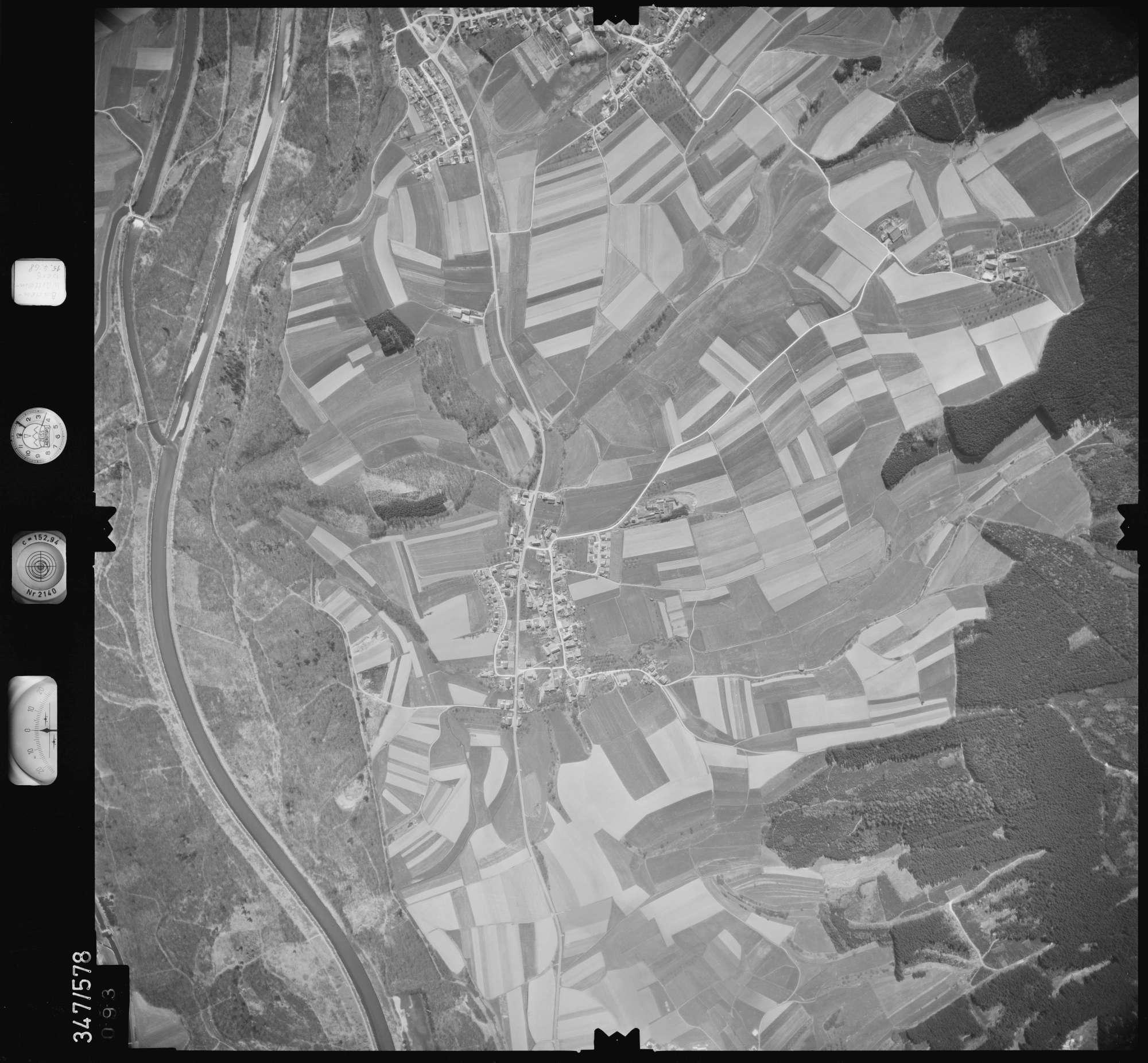 Luftbild: Film 45 Bildnr. 93, Bild 1