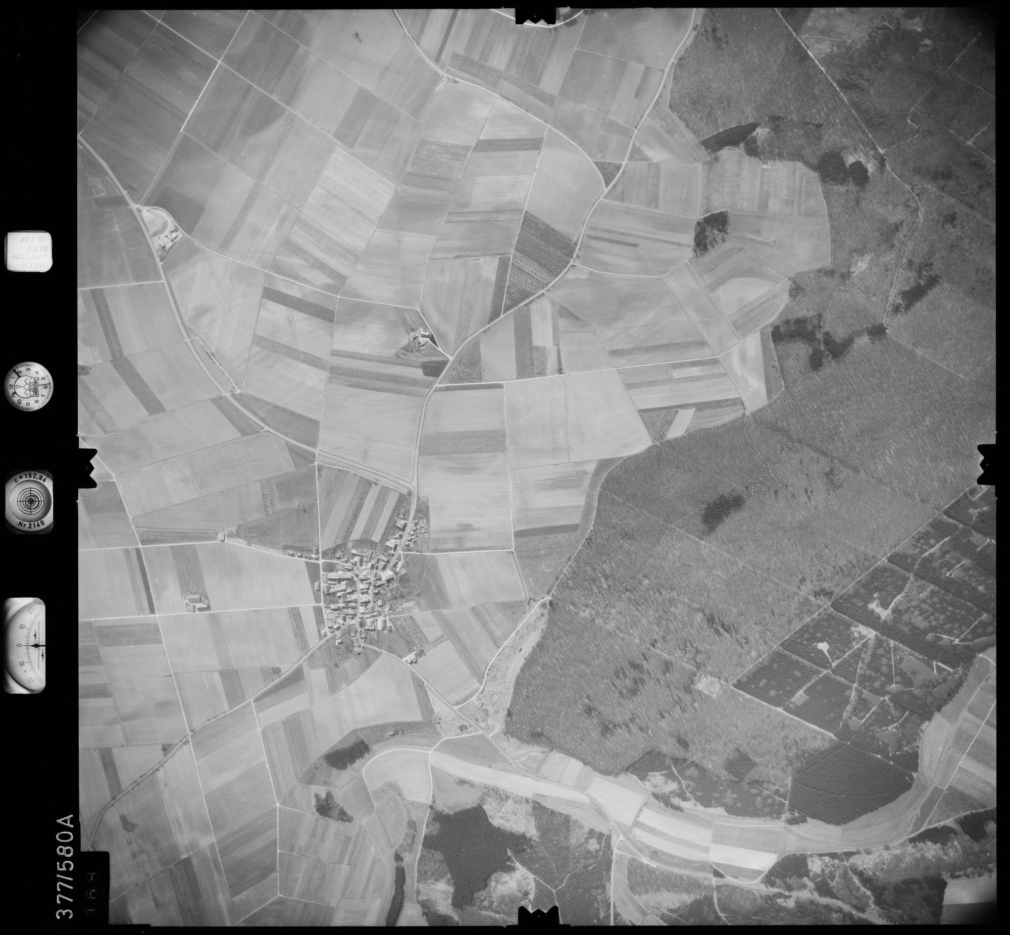 Luftbild: Film 27 Bildnr. 169, Bild 1