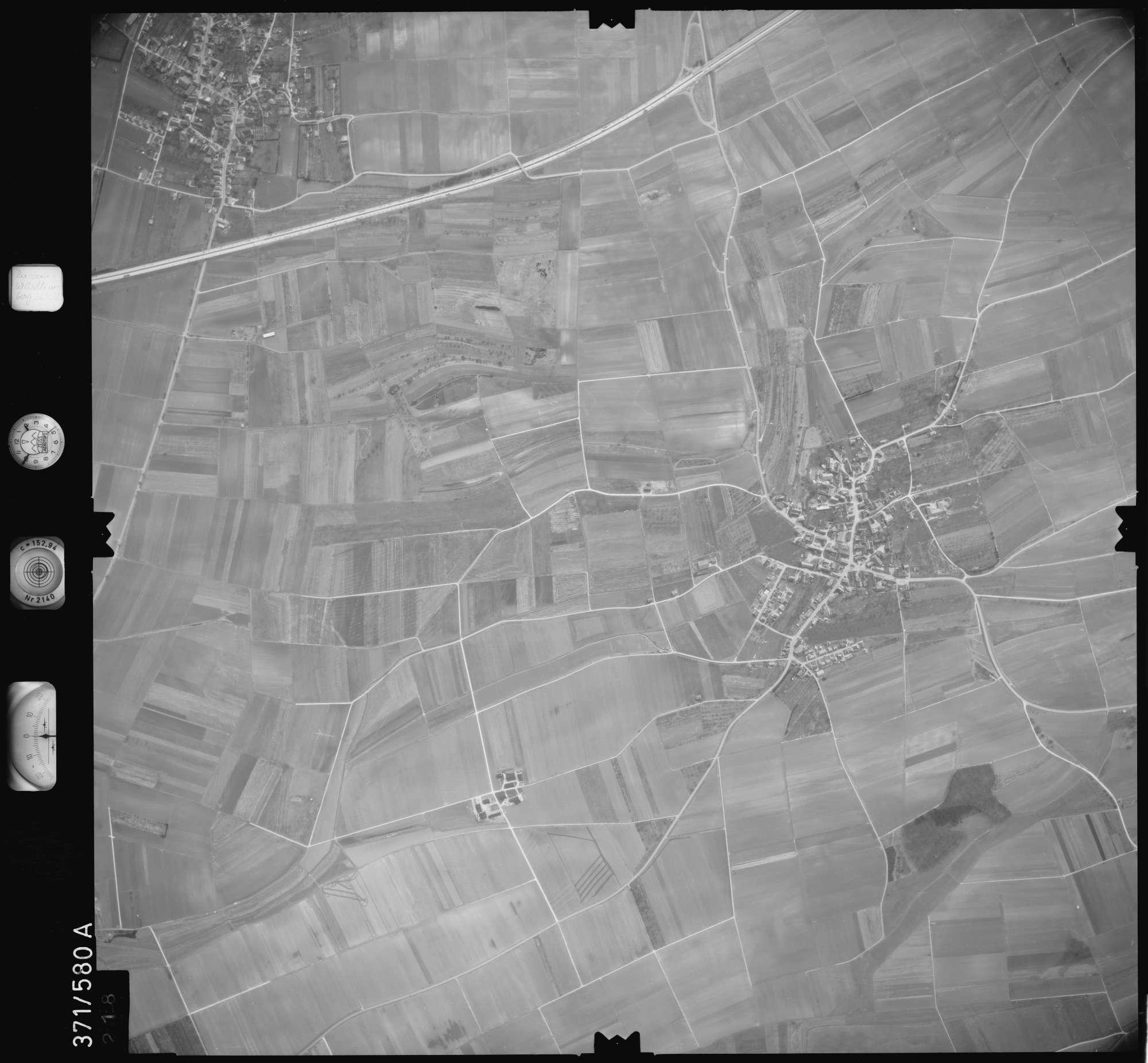 Luftbild: Film 35 Bildnr. 218, Bild 1
