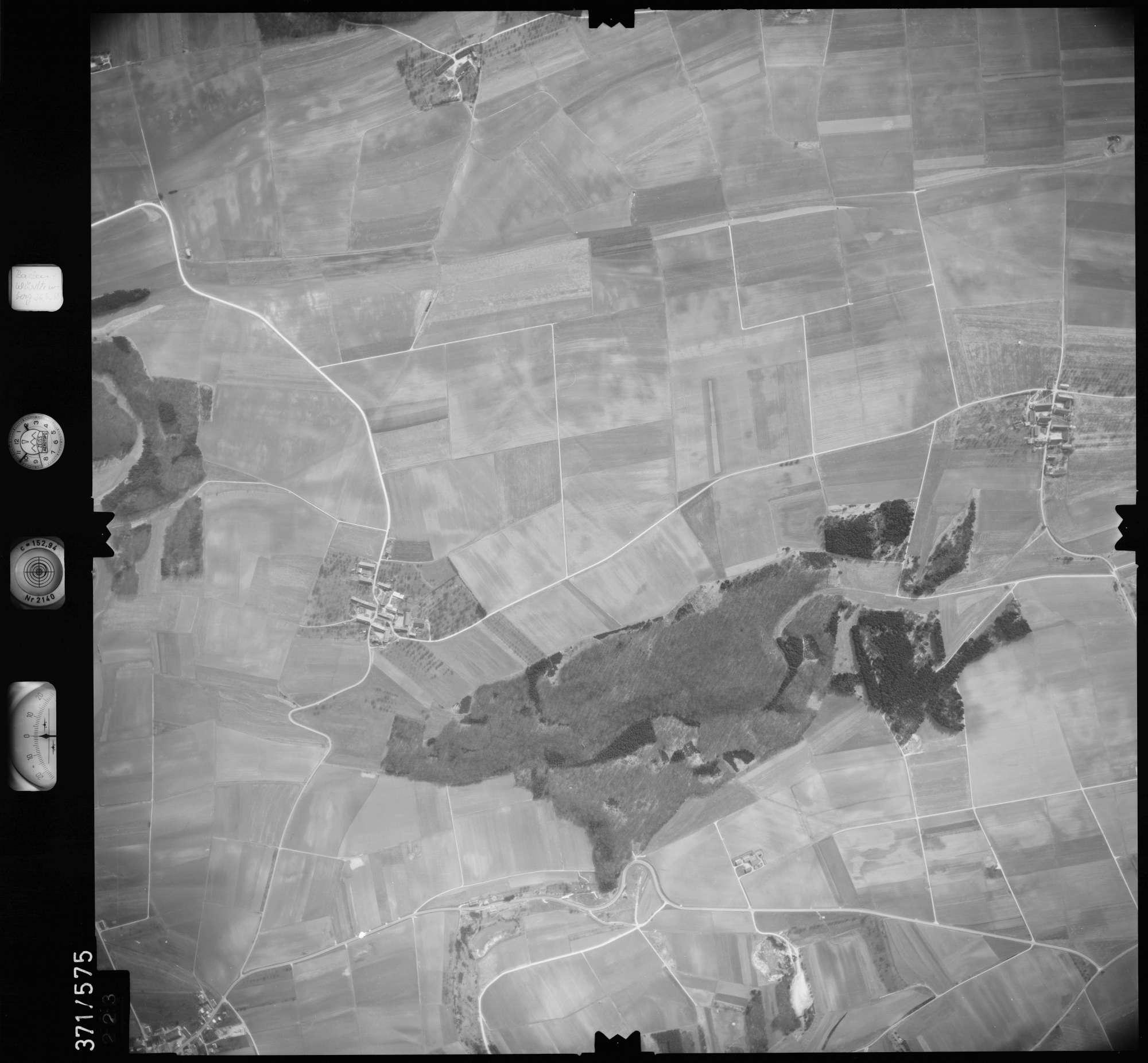 Luftbild: Film 35 Bildnr. 223, Bild 1