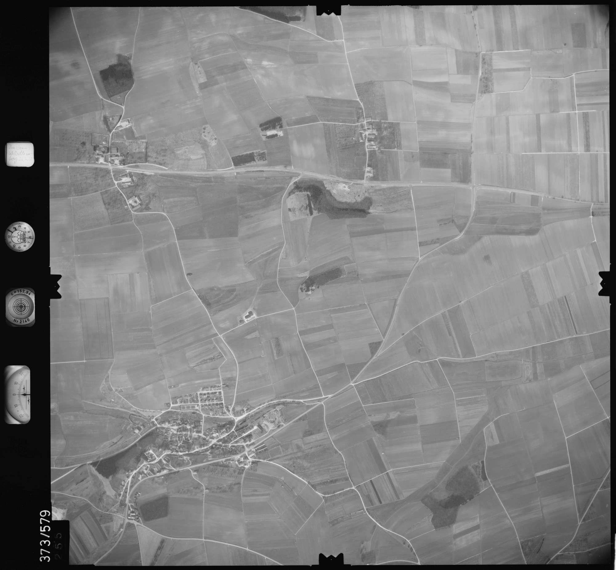 Luftbild: Film 35 Bildnr. 255, Bild 1
