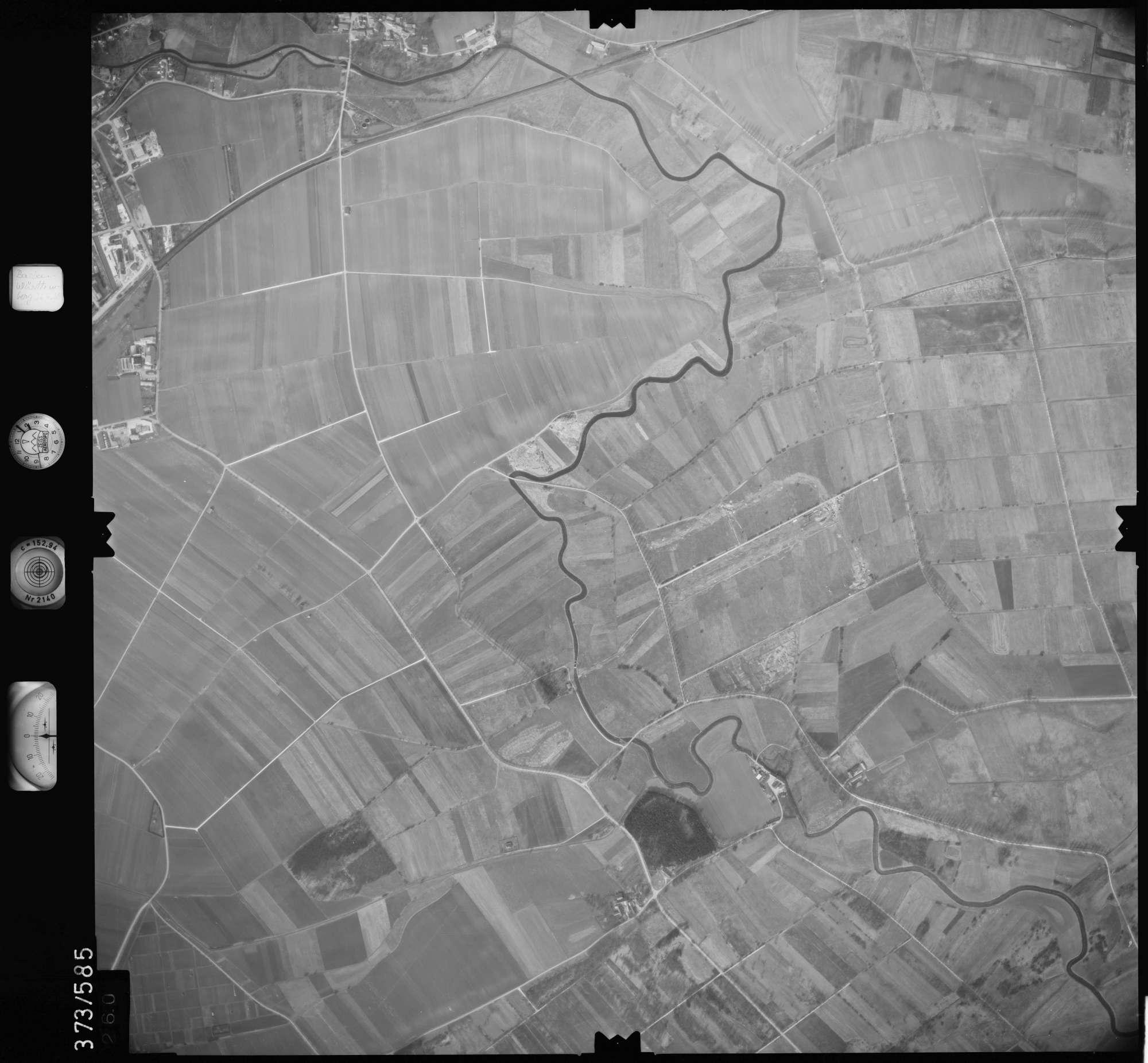 Luftbild: Film 35 Bildnr. 260, Bild 1
