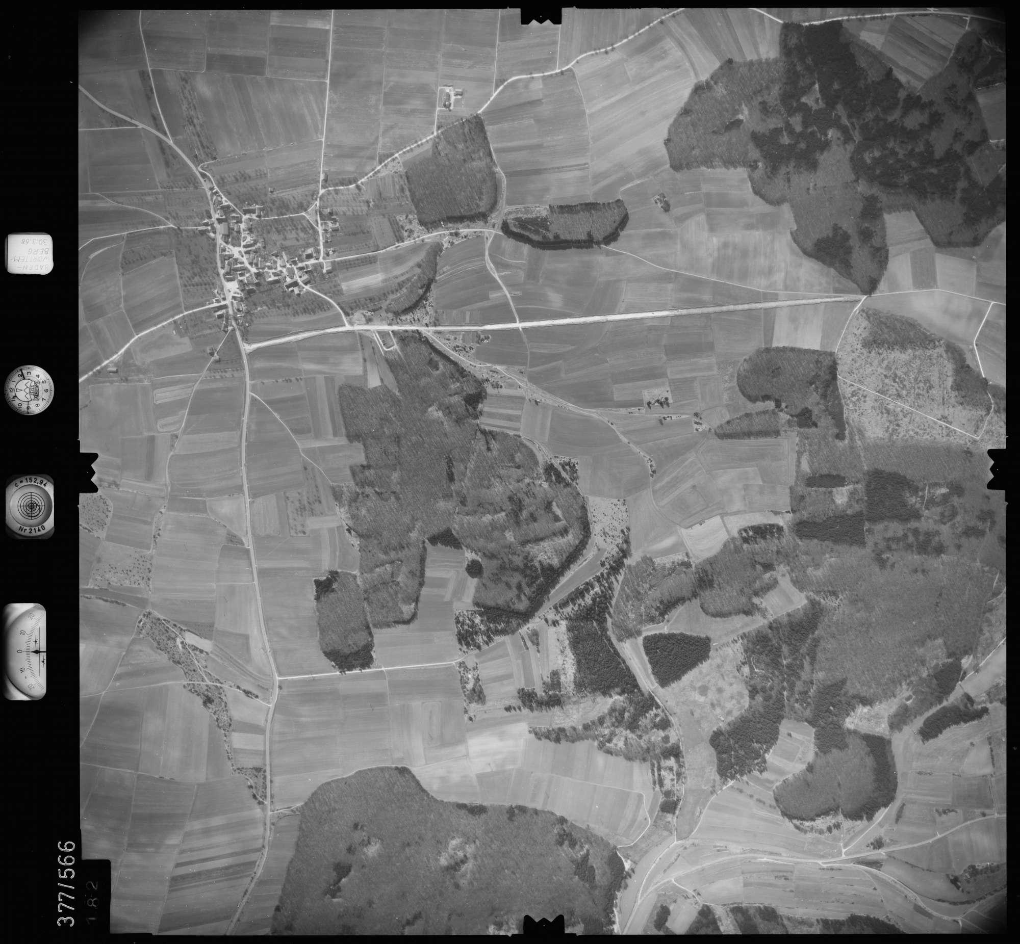 Luftbild: Film 27 Bildnr. 182, Bild 1