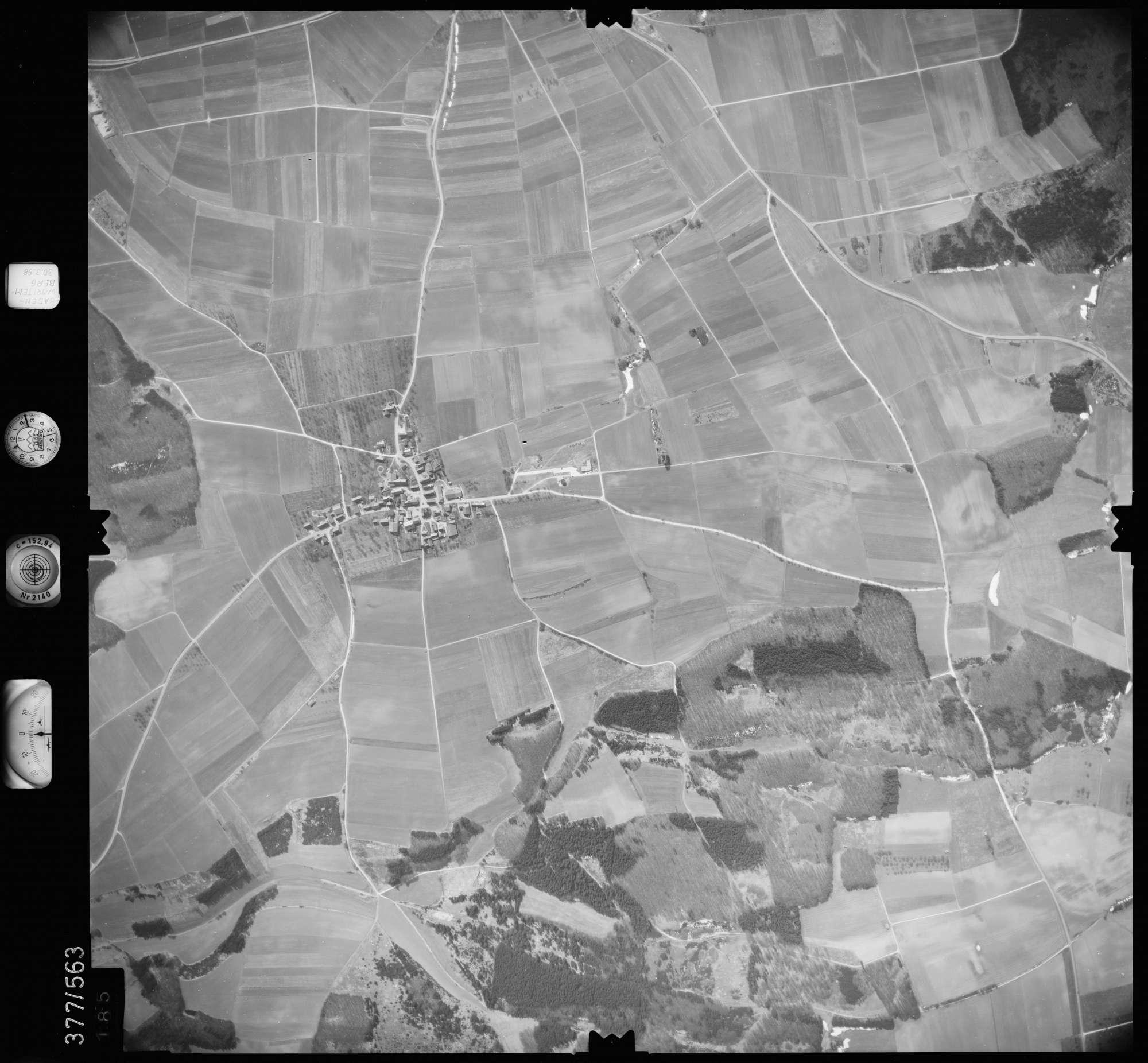 Luftbild: Film 27 Bildnr. 185, Bild 1