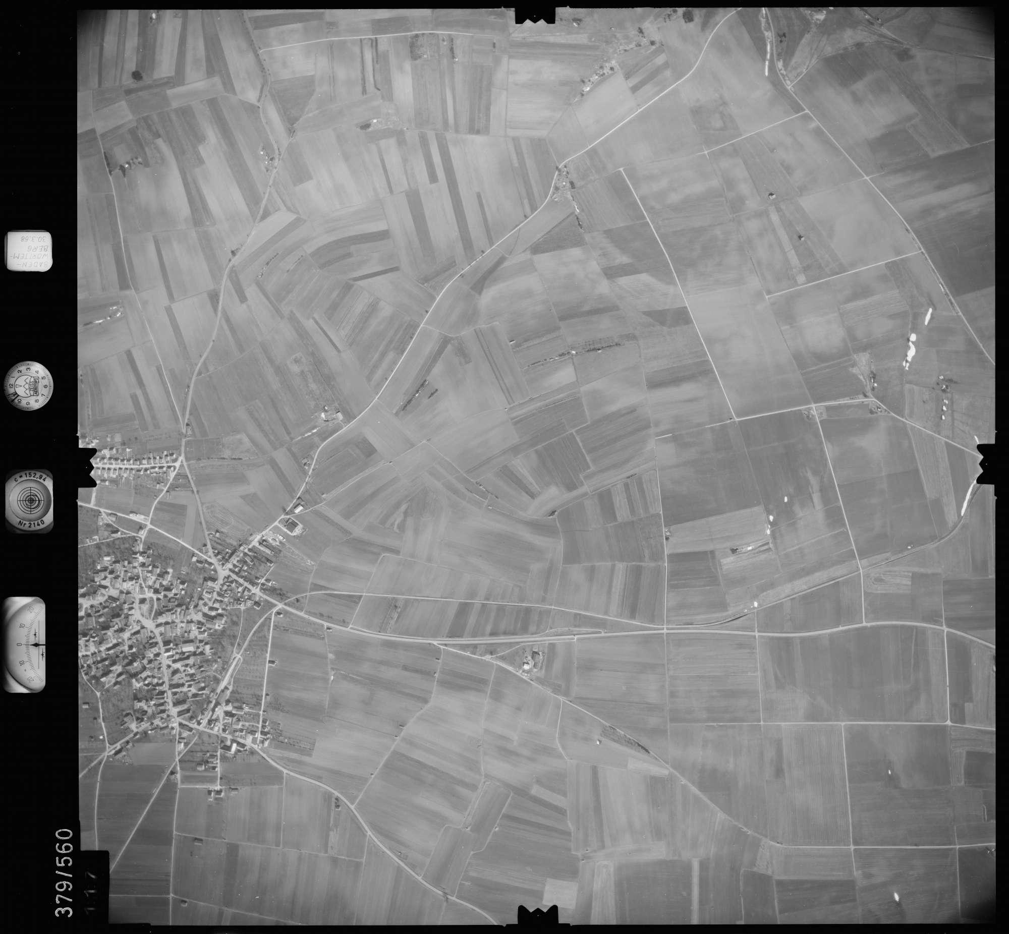 Luftbild: Film 27 Bildnr. 117, Bild 1
