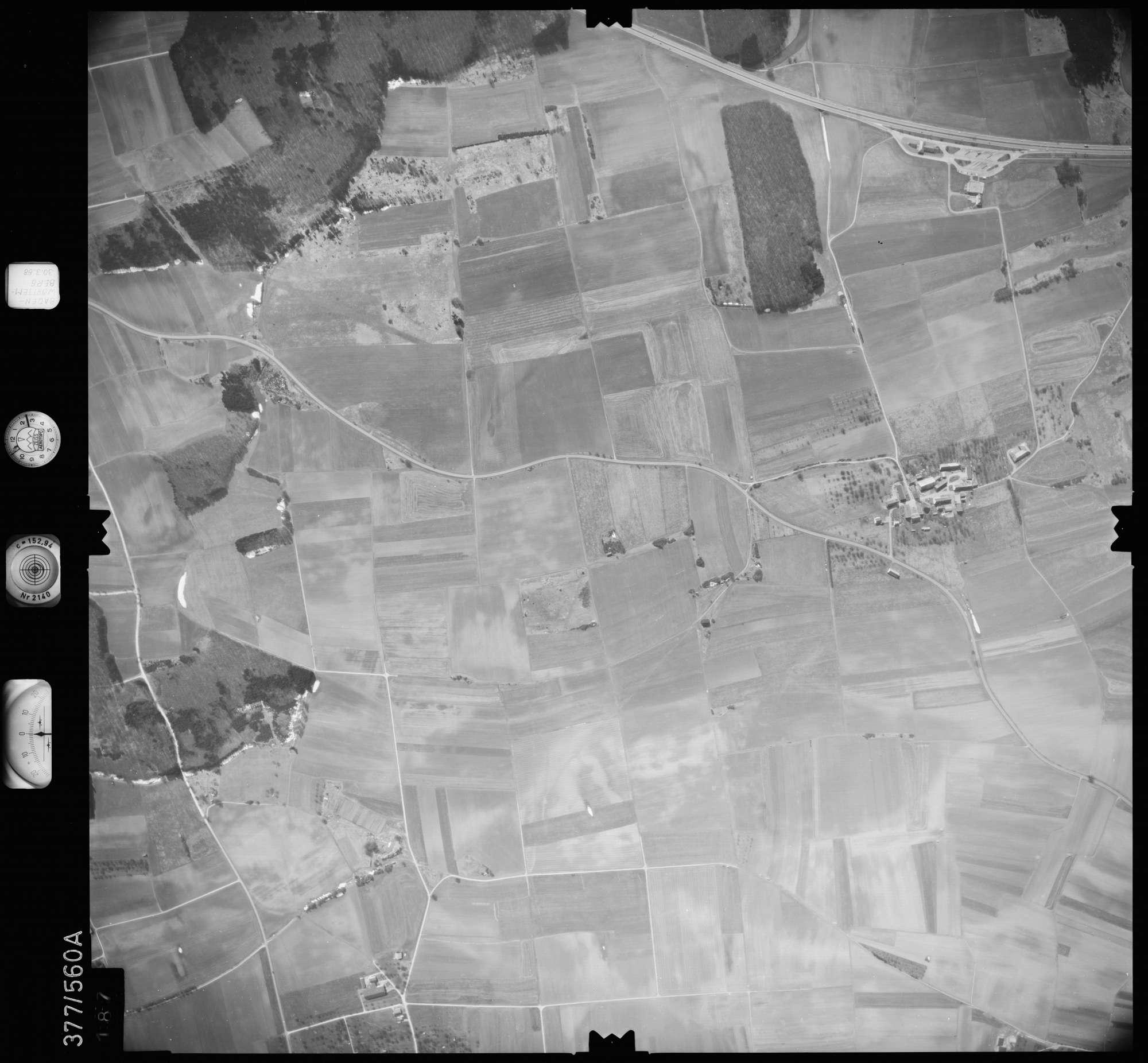 Luftbild: Film 27 Bildnr. 187, Bild 1