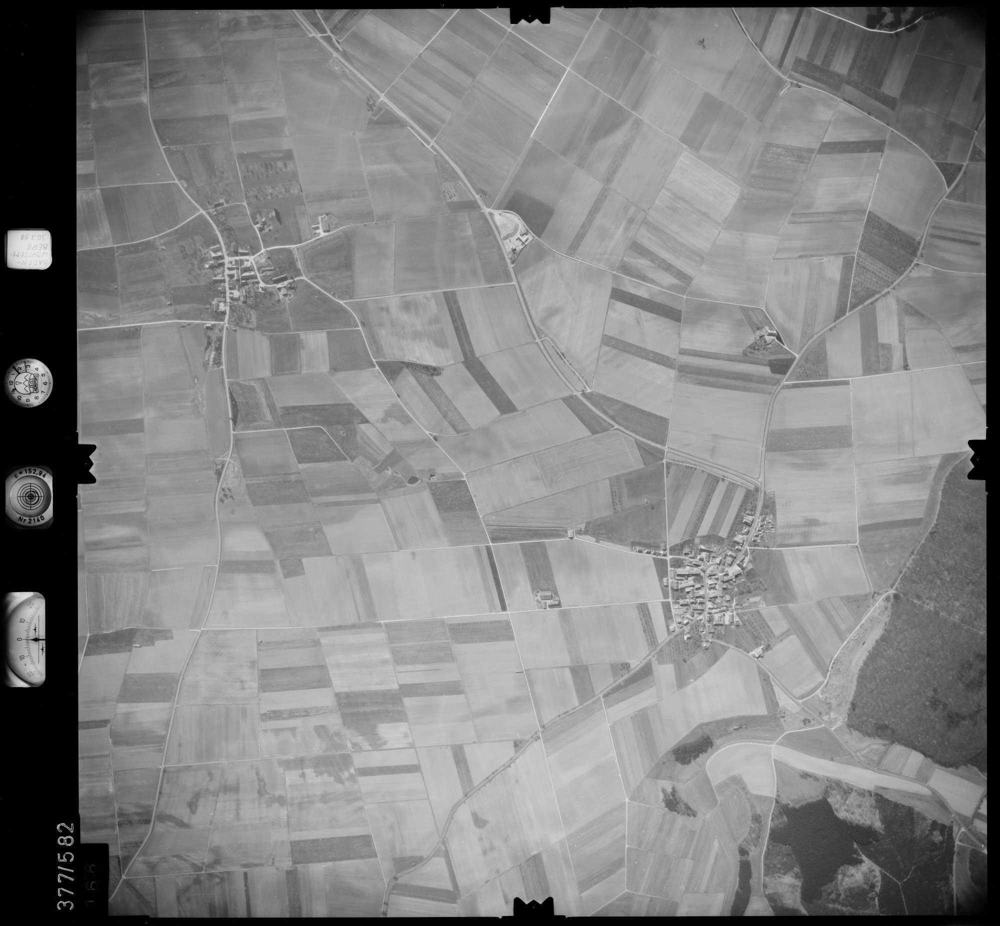 Luftbild: Film 27 Bildnr. 168, Bild 1