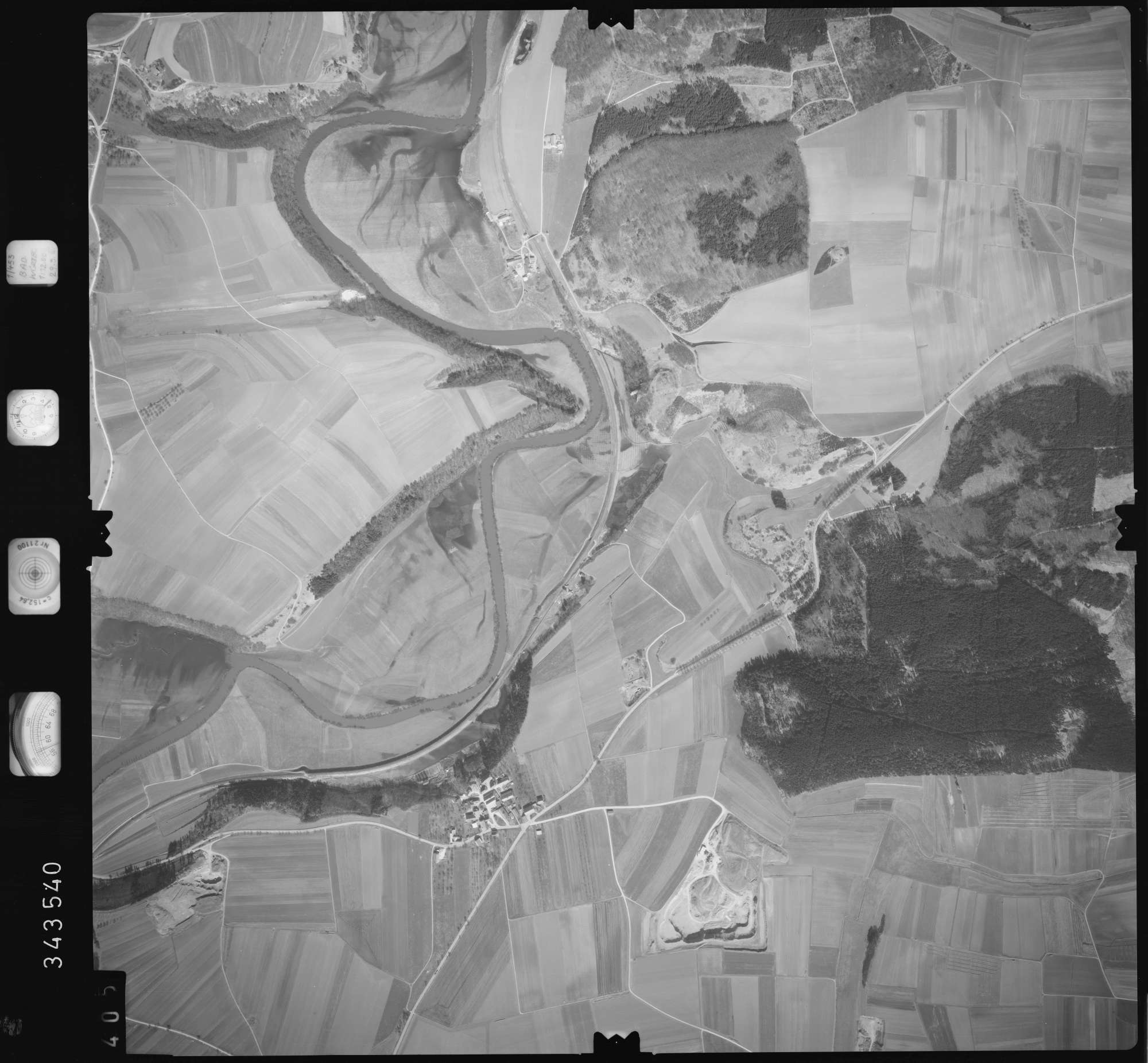 Luftbild: Film 46 Bildnr. 405, Bild 1