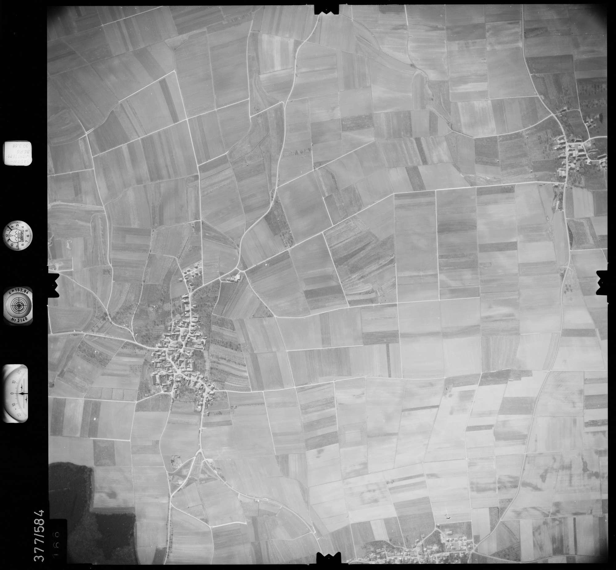 Luftbild: Film 27 Bildnr. 166, Bild 1
