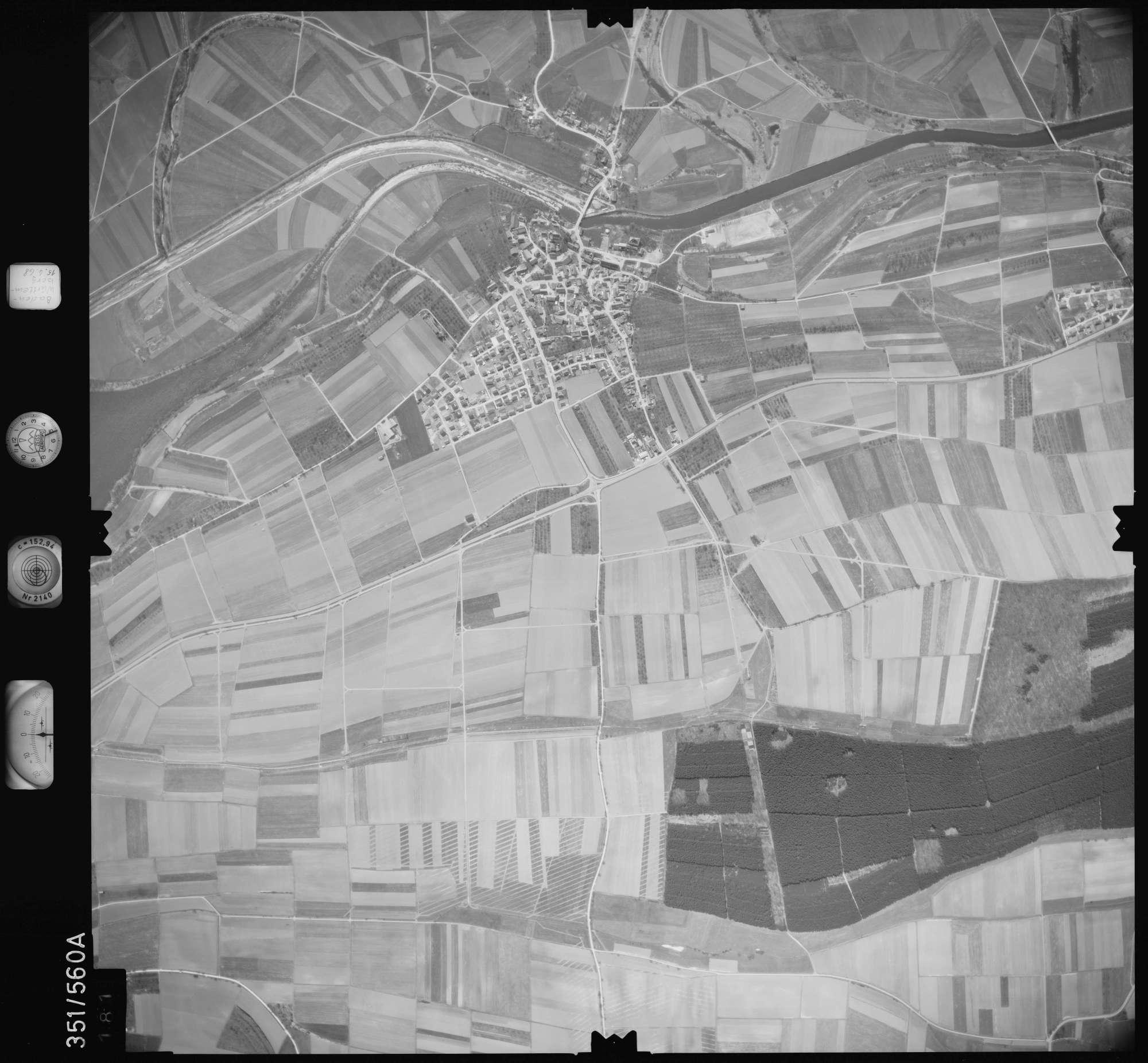 Luftbild: Film 105 Bildnr. 181, Bild 1