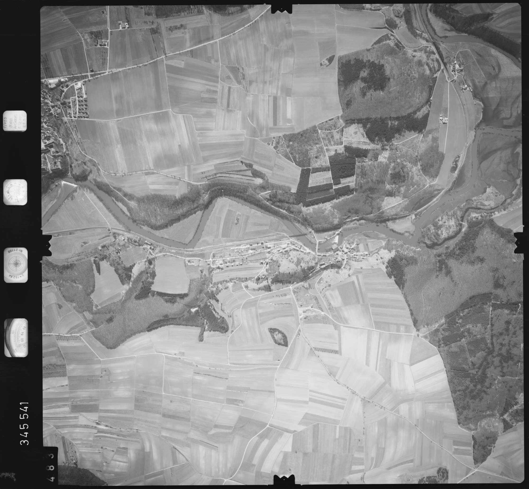 Luftbild: Film 46 Bildnr. 483, Bild 1