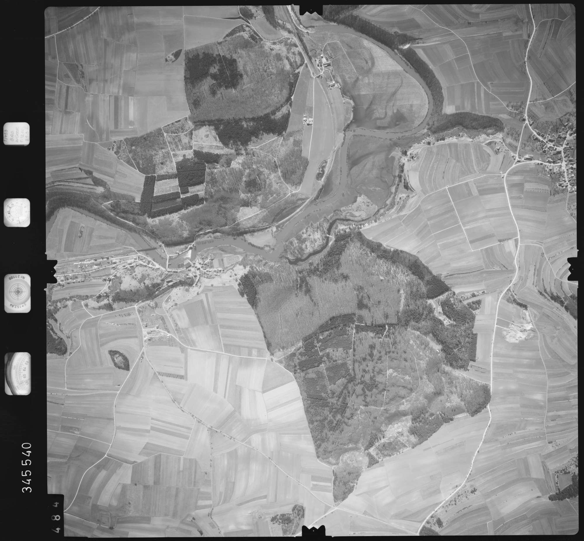 Luftbild: Film 46 Bildnr. 484, Bild 1