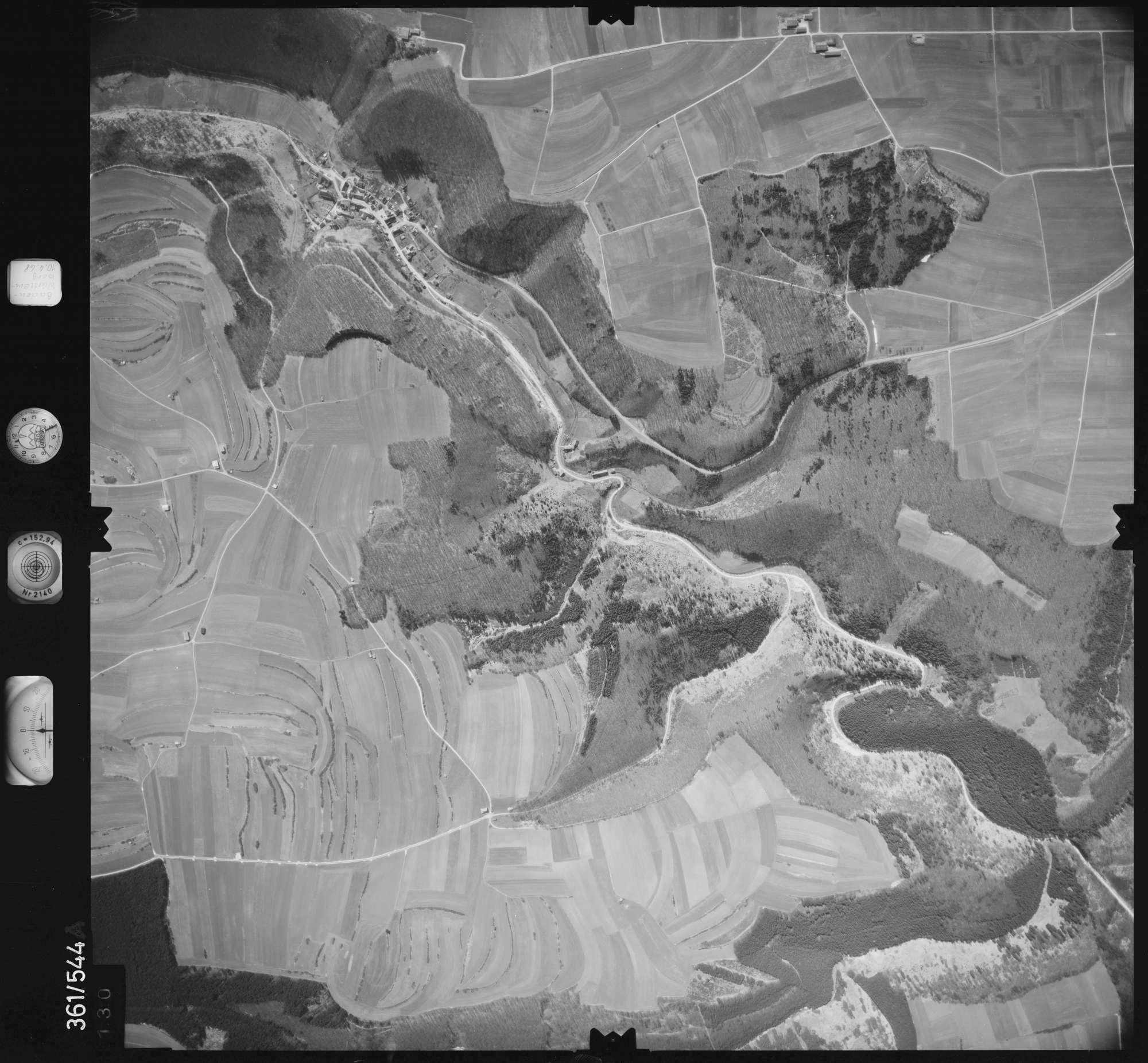 Luftbild: Film 40 Bildnr. 130, Bild 1
