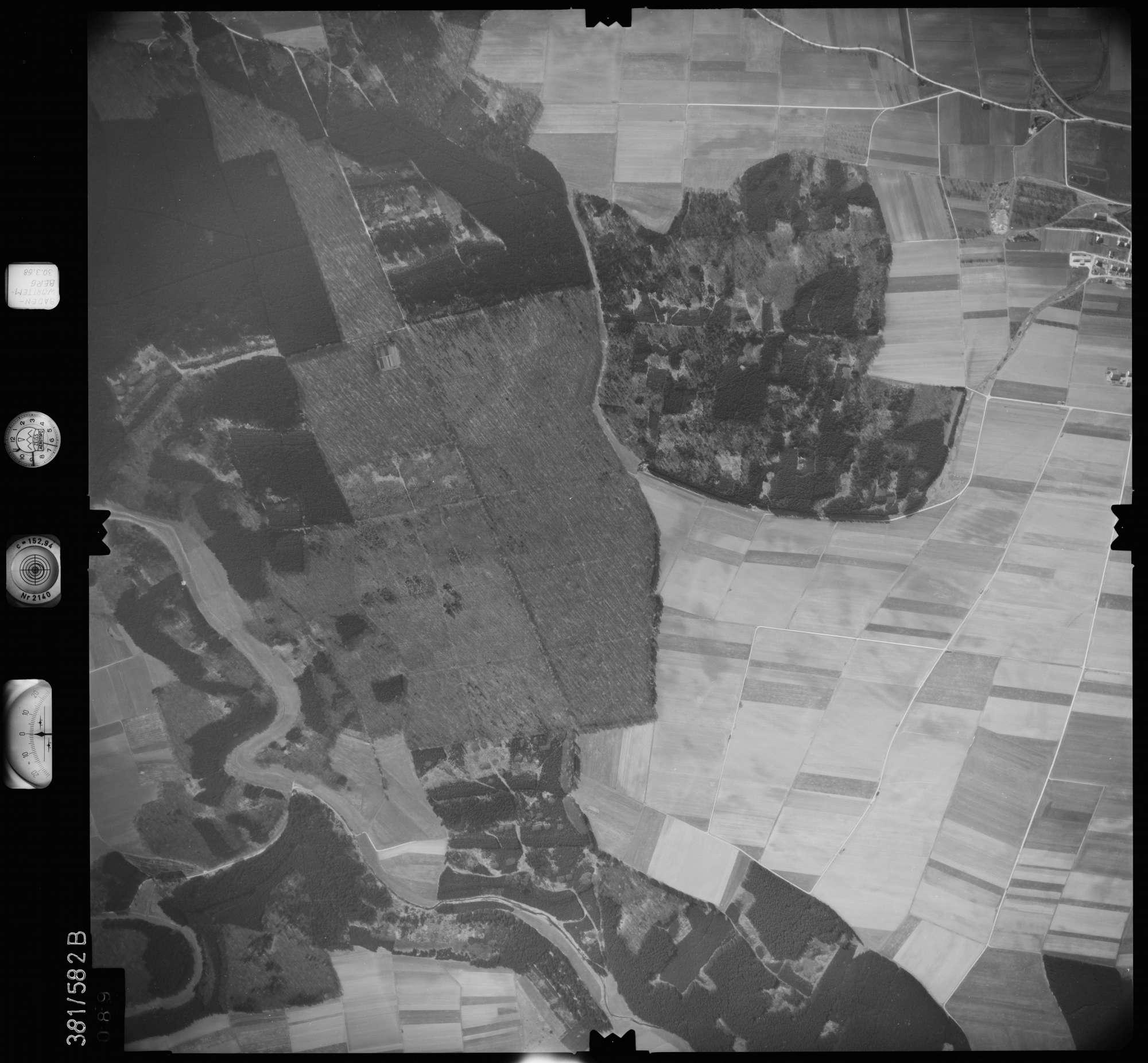 Luftbild: Film 27 Bildnr. 89, Bild 1