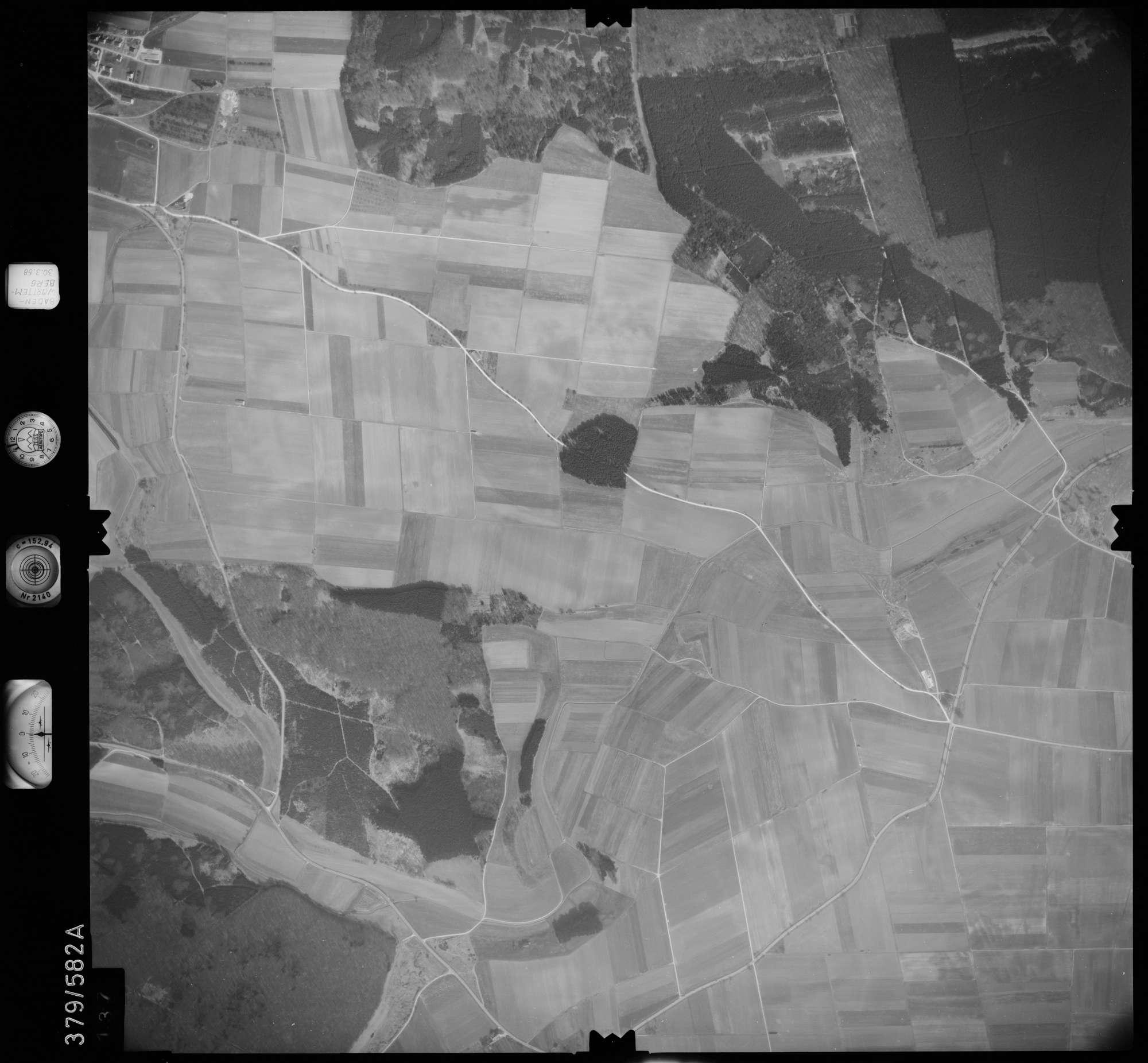 Luftbild: Film 27 Bildnr. 137, Bild 1