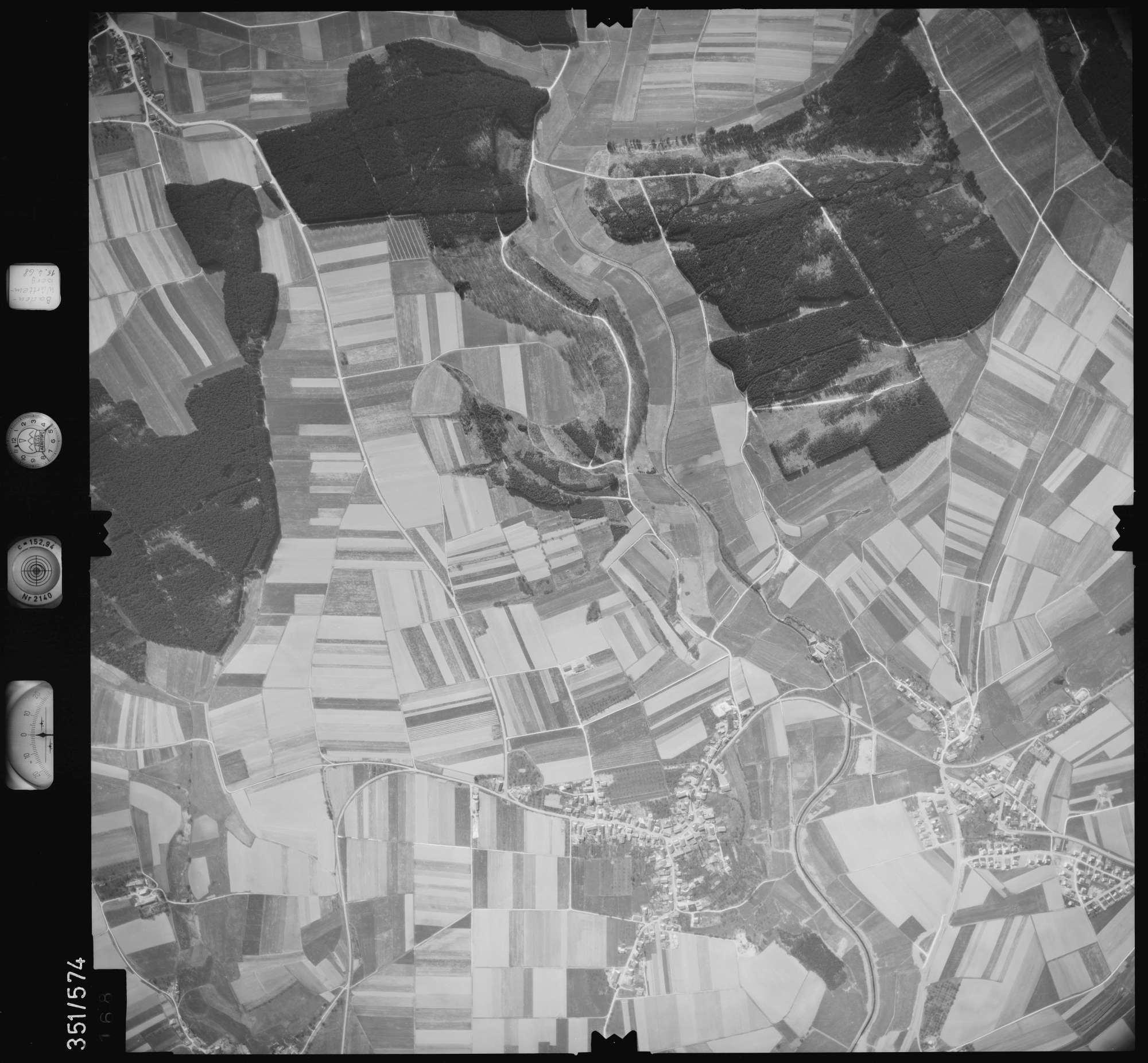Luftbild: Film 105 Bildnr. 168, Bild 1