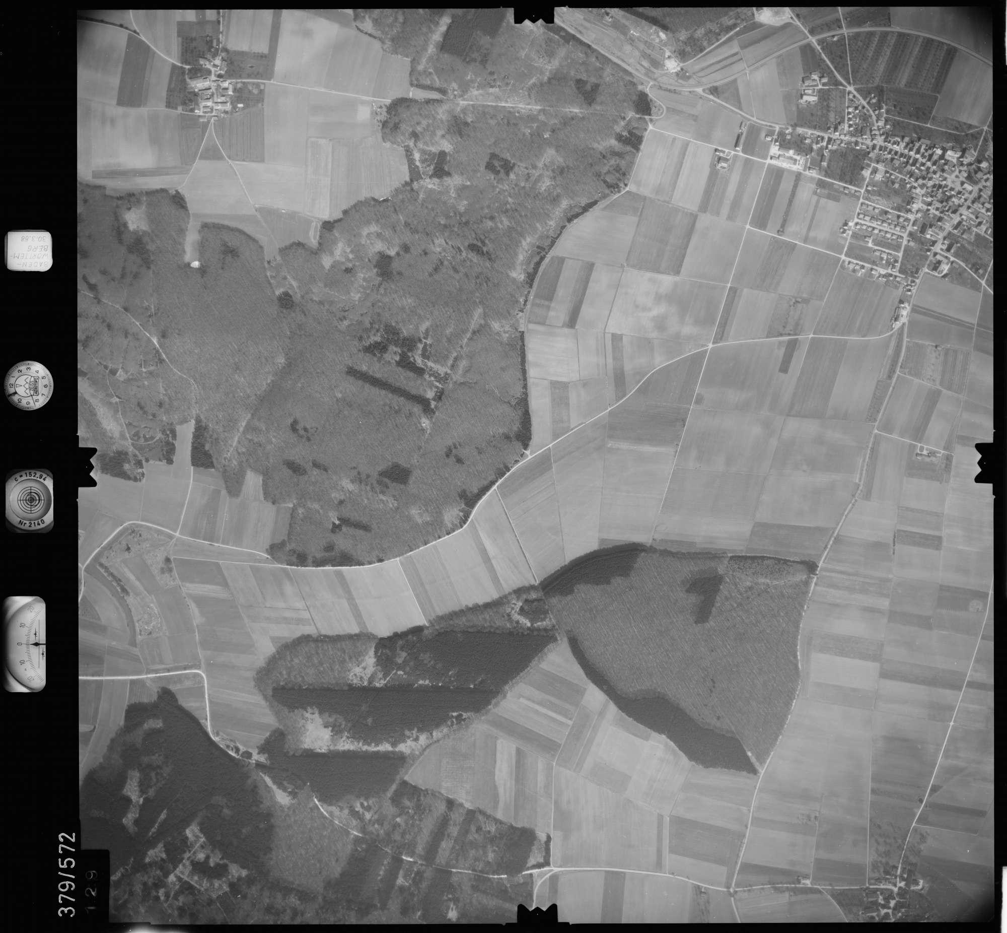 Luftbild: Film 27 Bildnr. 129, Bild 1